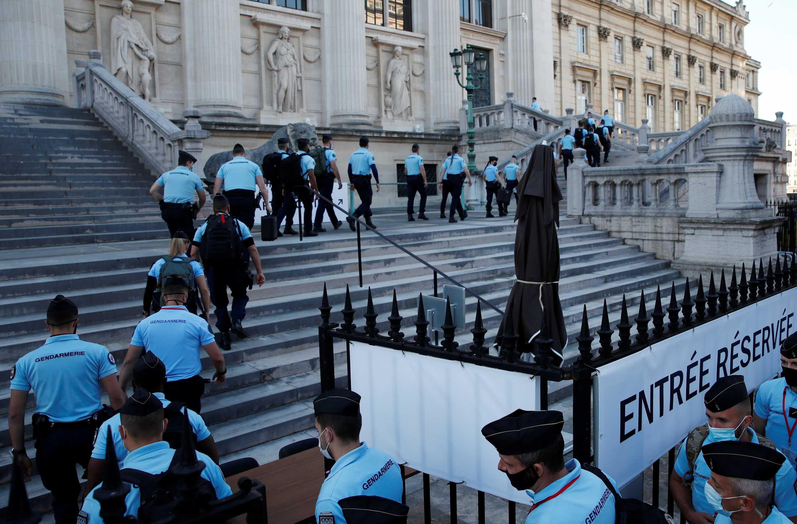 Γαλλία: Αρχίζει στο Παρίσι η δίκη για τις πολύνεκρες τρομοκρατικές επιθέσεις του 2015