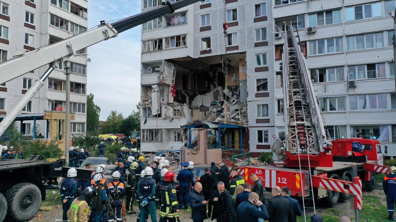 Ρωσία: Δύο νεκροί από έκρηξη φυσικού αερίου στο Νογκίνσκ – Κατέρρευσαν όροφοι κτιρίου