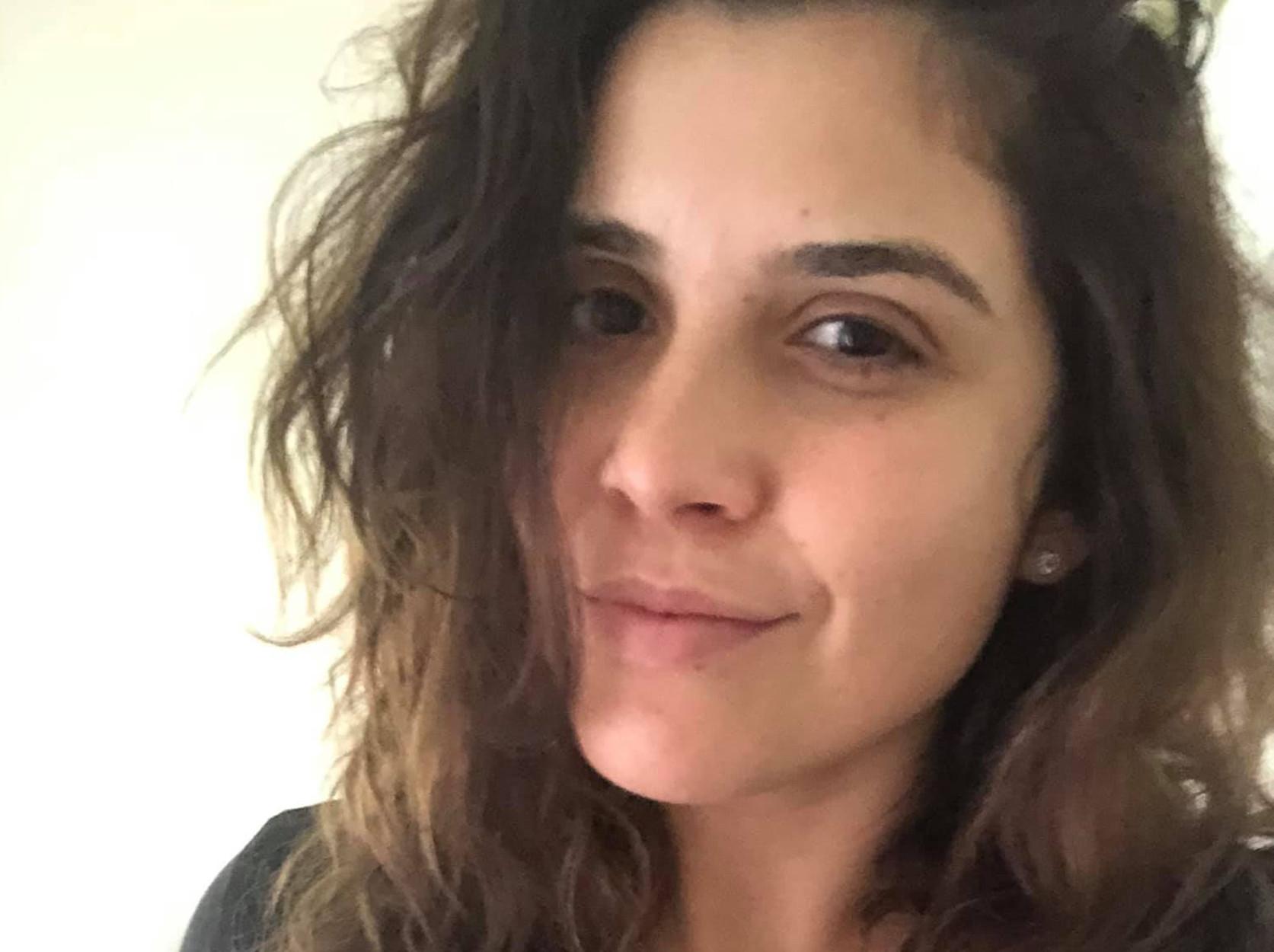 Η Ελληνοαγγλίδα που μεγάλωσε στην Σκιάθο και «τρελαίνει» τα Βρετανικά καλλιστεία… χωρίς μακιγιάζ! (pics)