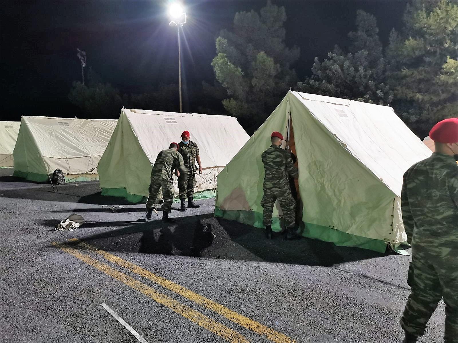 Επί ποδός οι Ένοπλες Δυνάμεις: Συνδρομή στις σεισμόπληκτες περιοχές της Κρήτης [pics, vid]