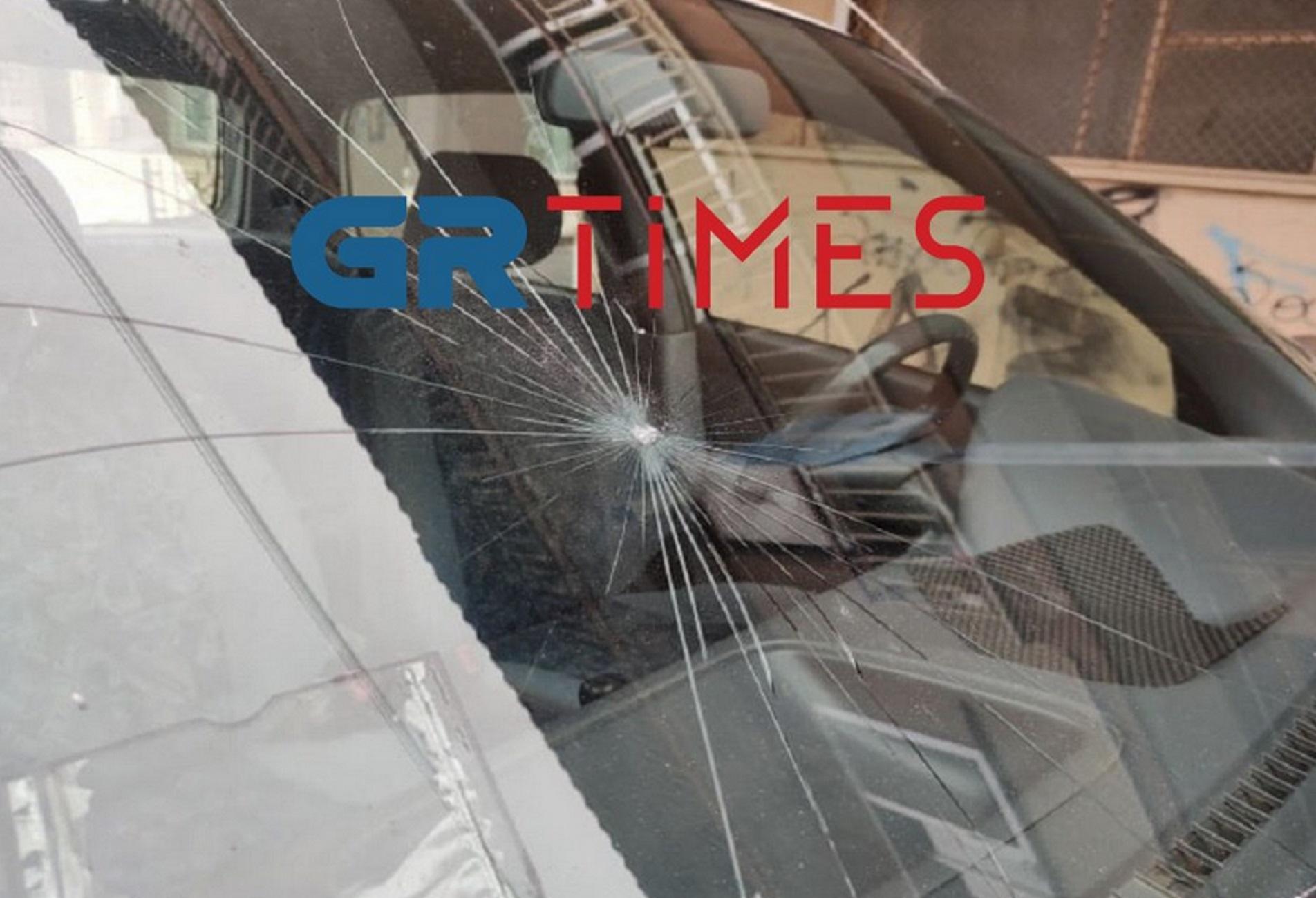 Θεσσαλονίκη: Τραμπουκισμοί και ζημιές έξω από το ΕΠΑΛ Ευόσμου με την αστυνομία απούσα