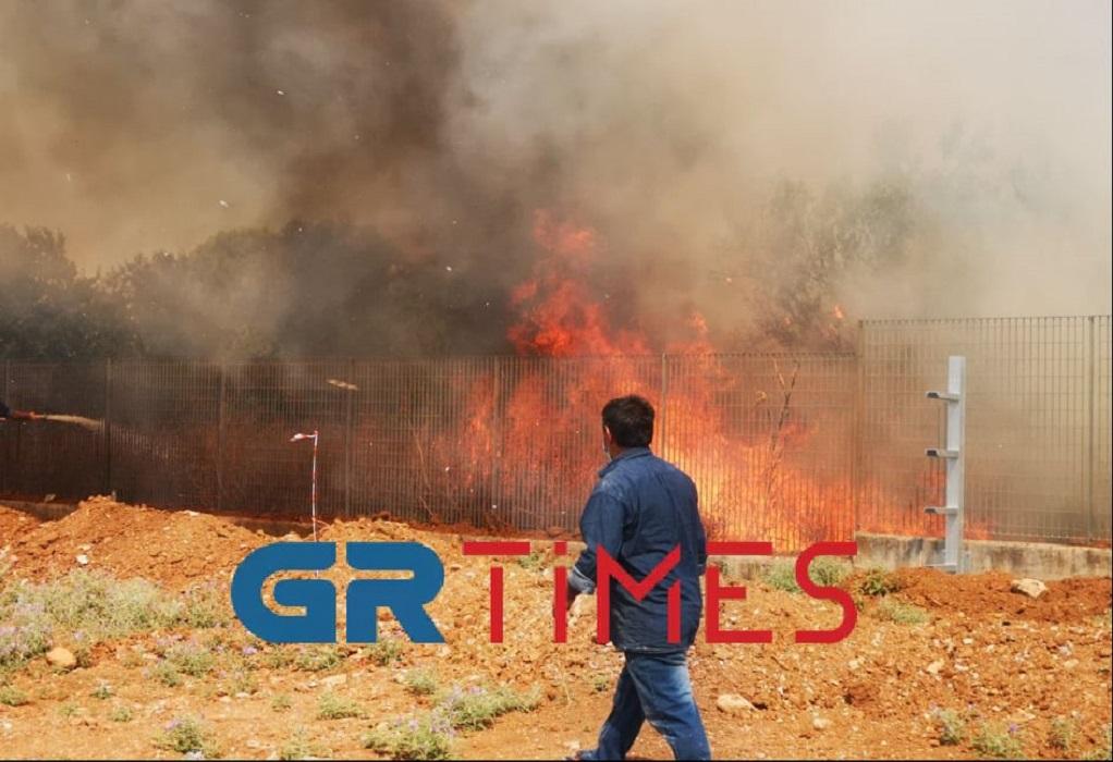 Θεσσαλονίκη: Φωτιά κοντά στο Διαβαλκανικό – Μεγάλη κινητοποίηση της Πυροσβεστικής