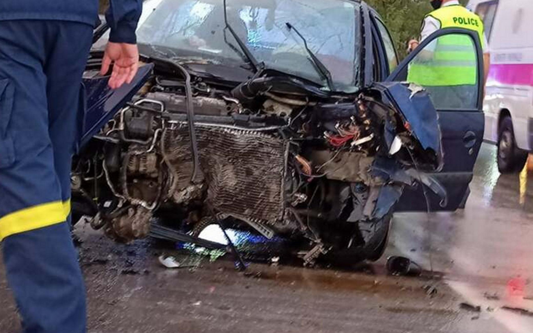 Αιτωλοακαρνανία: Σοβαρό τροχαίο με 3 τραυματίες στη γέφυρα Αχελώου – Δείτε την αυτοψία στο σημείο