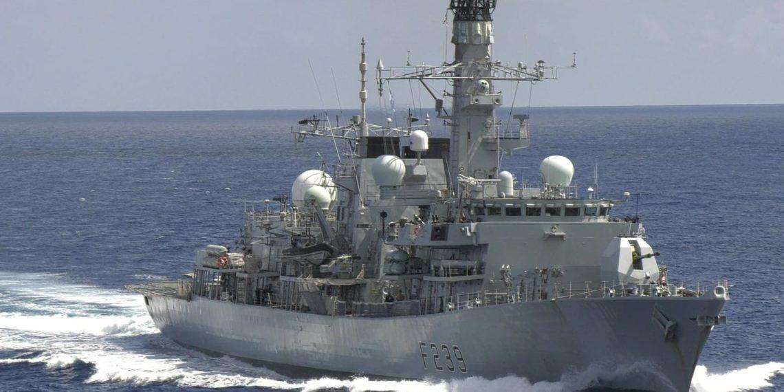 «Μήνυμα» της φρεγάτας HMS Richmond στην Κίνα με διέλευση στα Στενά της Ταϊβάν