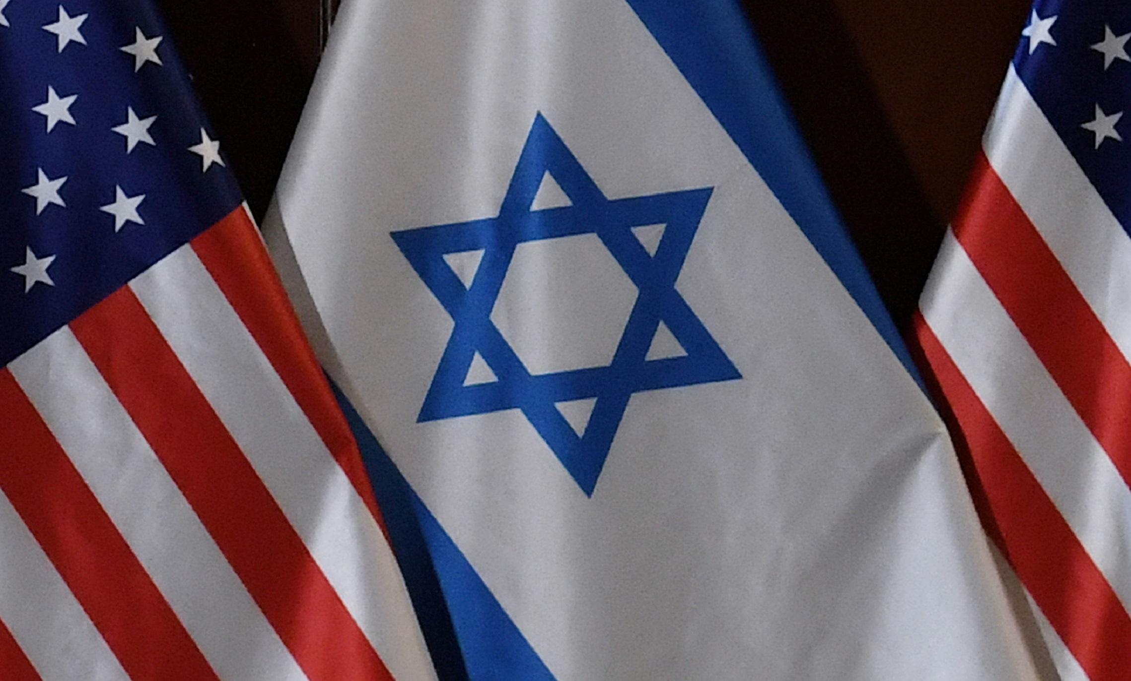 Οι ΗΠΑ ζητούν και από άλλες αραβικές χώρες να αναγνωρίσουν το Ισραήλ