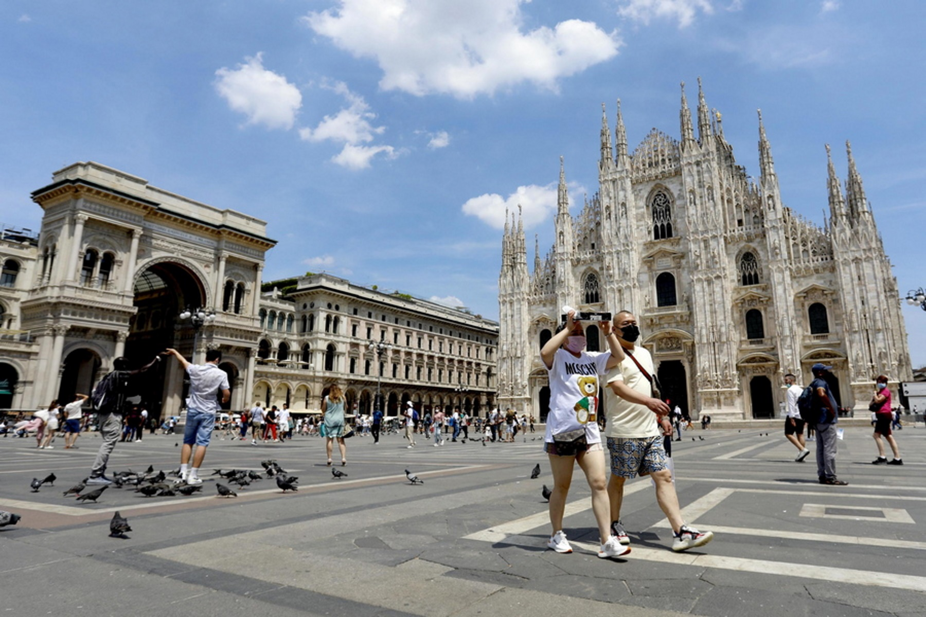 Κορονοϊός – Ιταλία: Χαλαρώνουν τα μέτρα σε στάδια, σινεμά και θέατρα