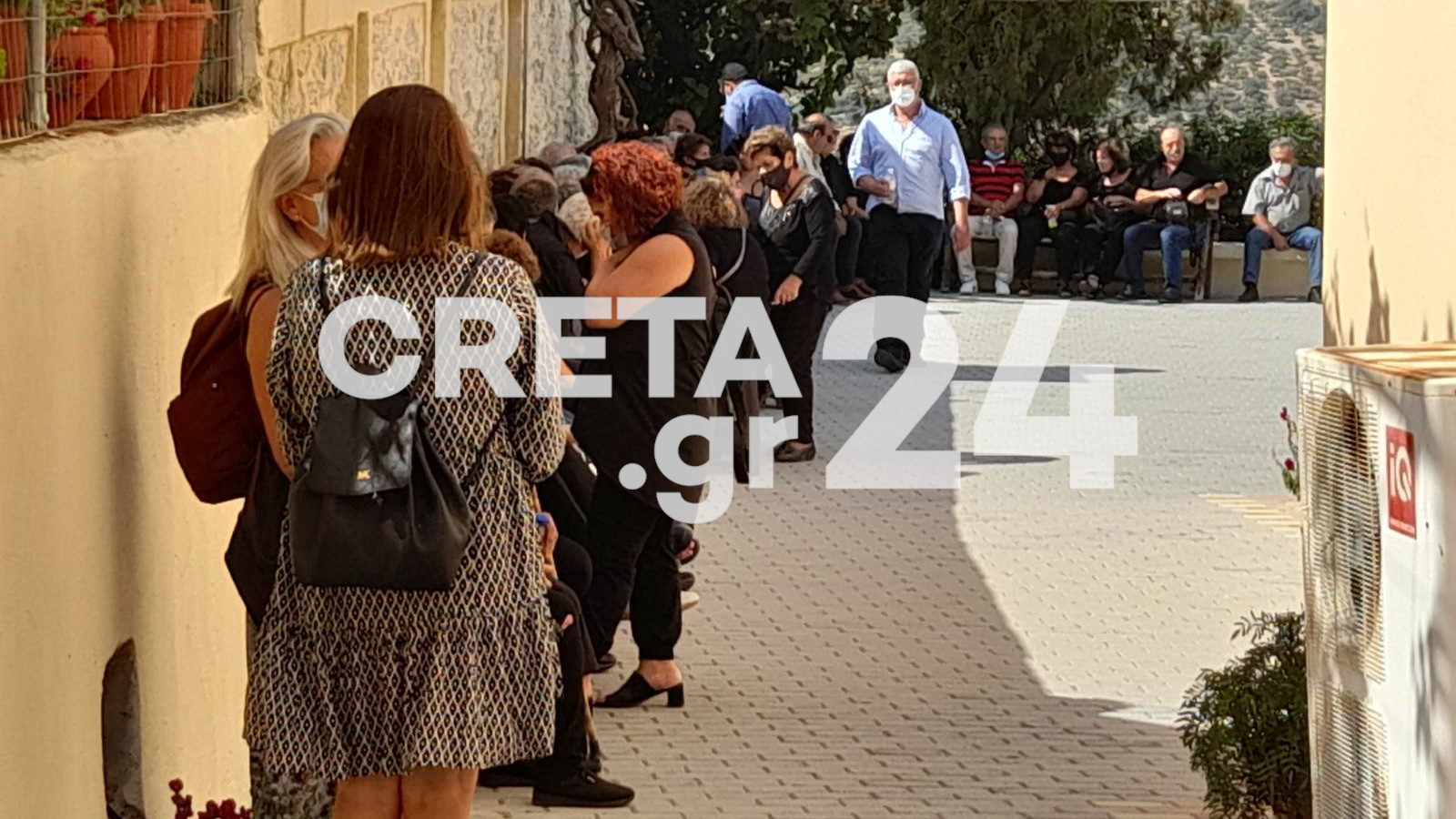 Σεισμός στην Κρήτη: Ο φίλος του θύματος περιγράφει τις τρομακτικές στιγμές μέσα στην εκκλησία