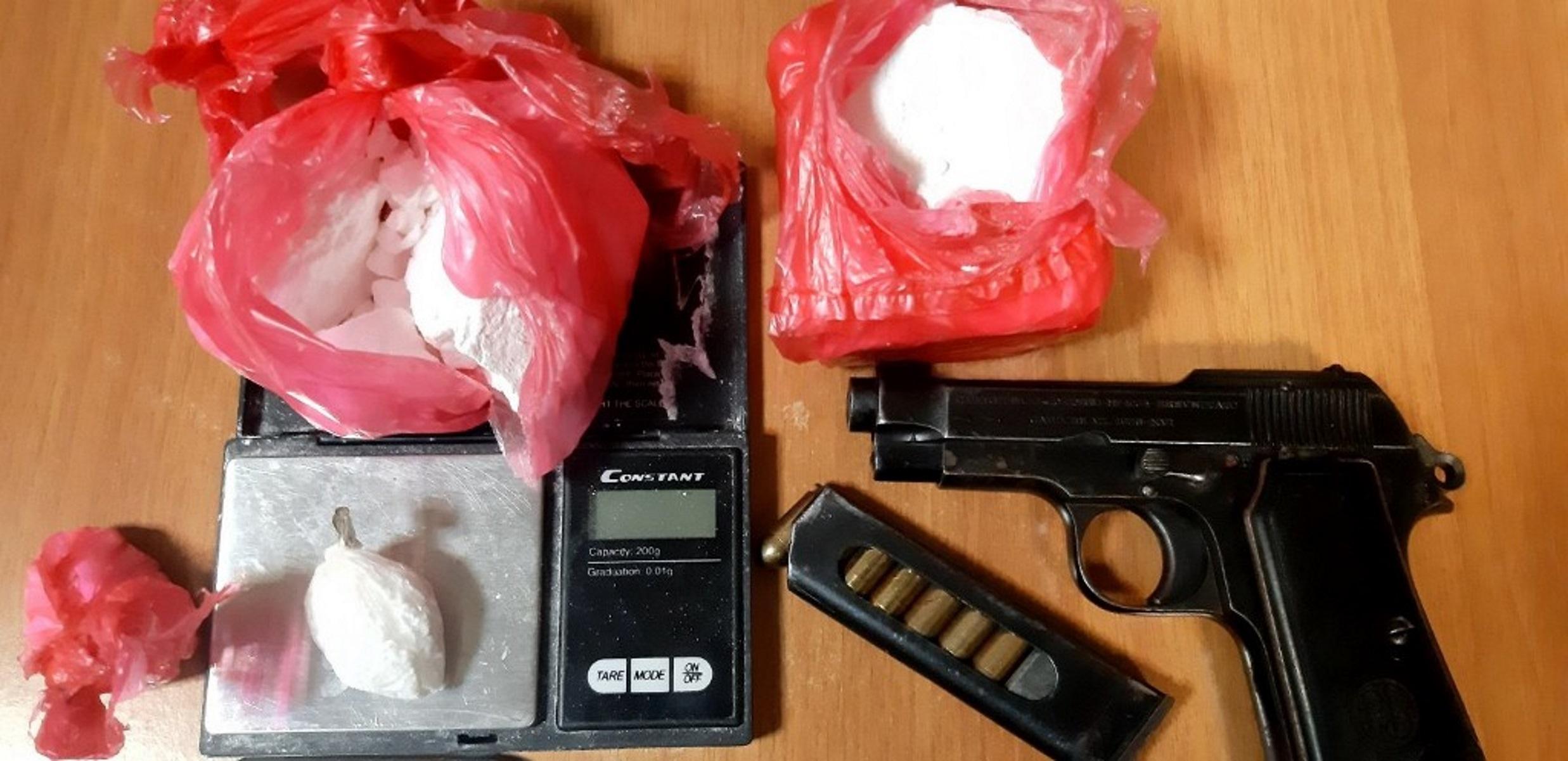 Κρήτη: 13χρονος «έσπρωχνε» ναρκωτικά  στις πιάτσες του Ηρακλείου – Οικογενειακή «επιχείρηση» διακίνησης
