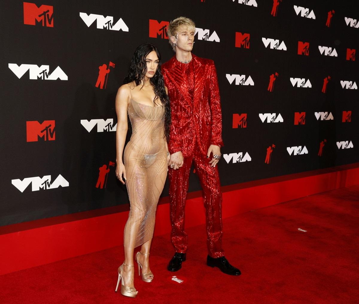 Μέγκαν Φοξ: Με άκρως αποκαλυπτικό φόρεμα στα βραβεία του MTV