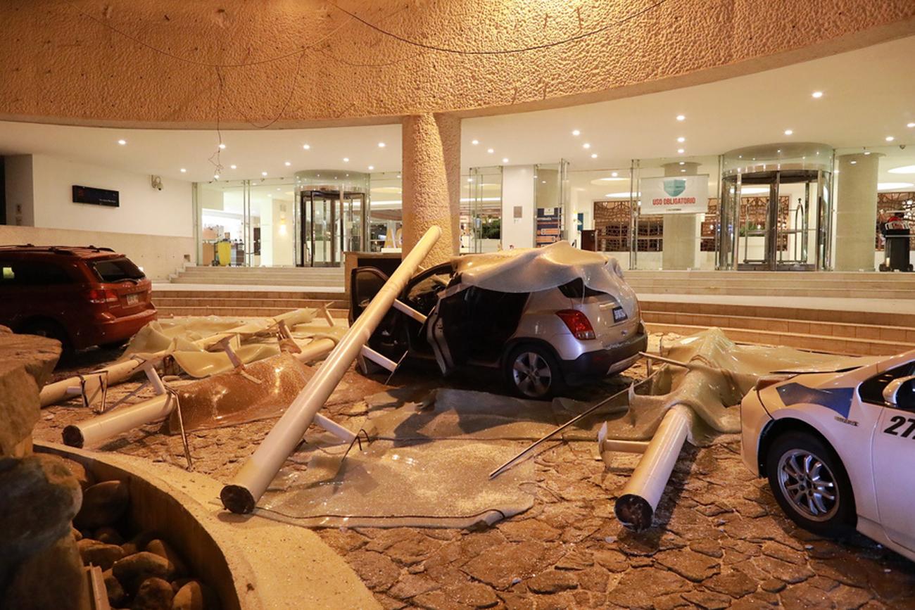 Ισχυρός σεισμός στο Μεξικό: Πανικός και καταστροφές – Ένας νεκρός
