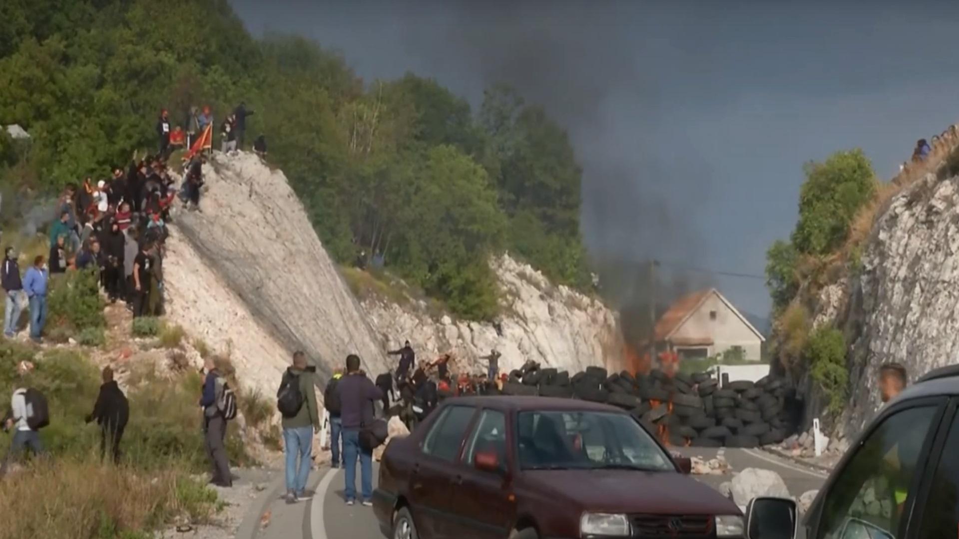 Μαυροβούνιο: Βίαια επεισόδια κατά την ενθρόνιση του νέου Μητροπολίτη