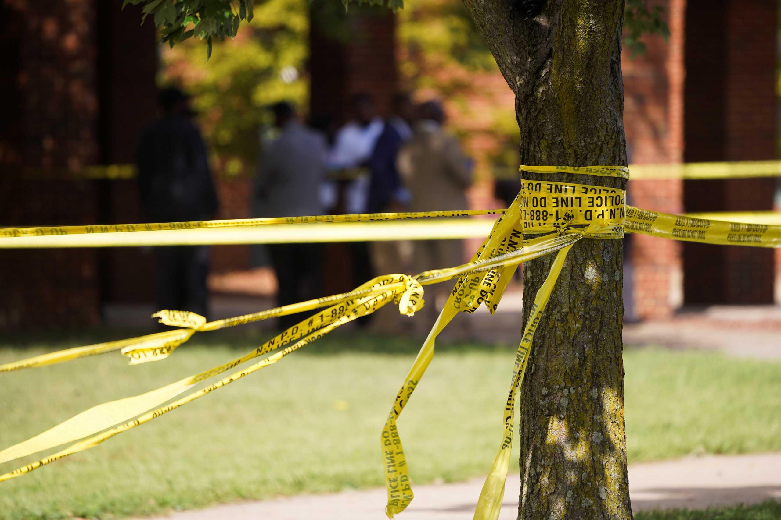 Βρετανία: Την δολοφόνησε 5 λεπτά από το σπίτι της και κάλυψε το πτώμα της με φύλλα