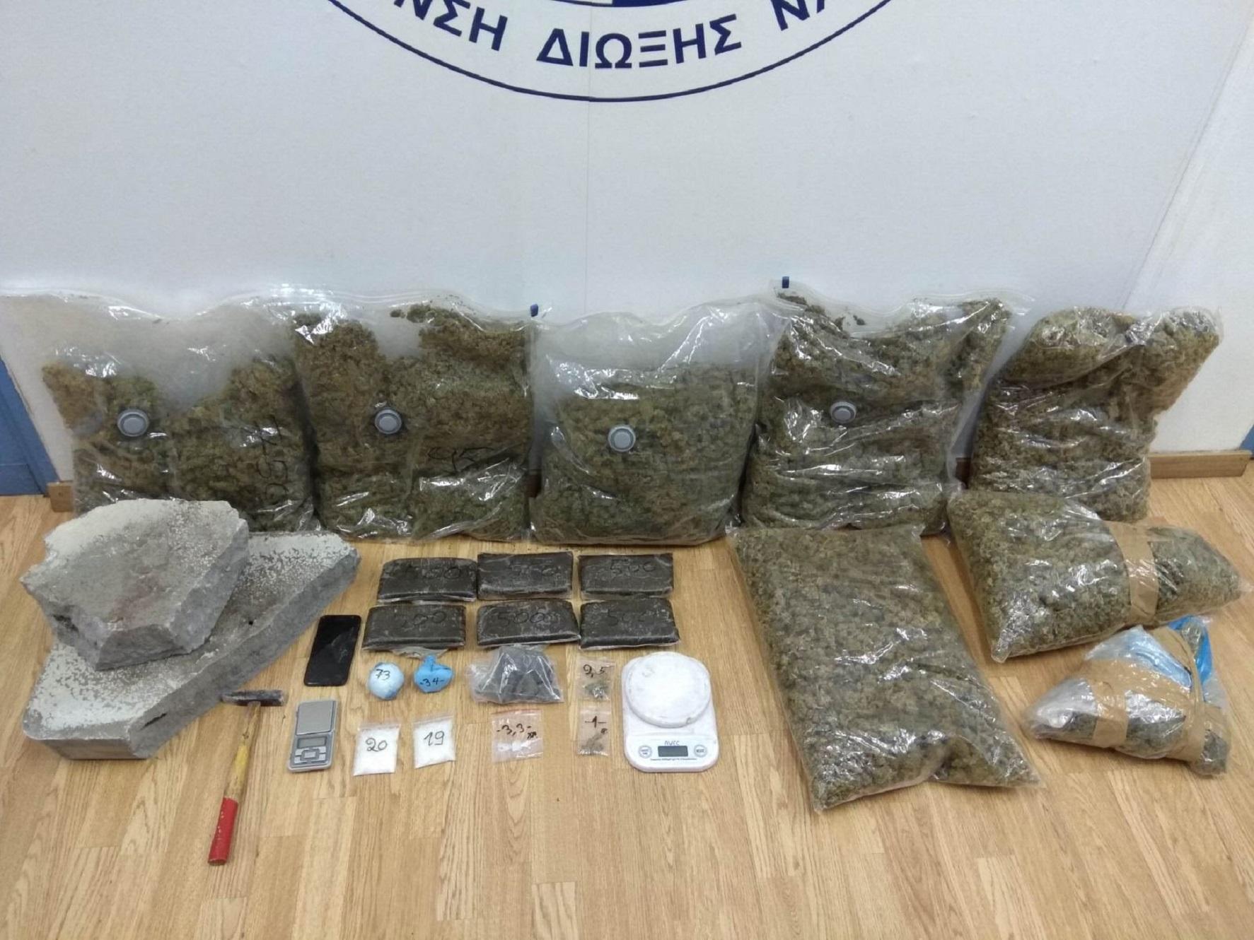 Συνελήφθη 47χρονος με μεγάλες ποσότητες ηρωίνης, χασίς και κρυσταλλικής μεθαμφεταμίνης