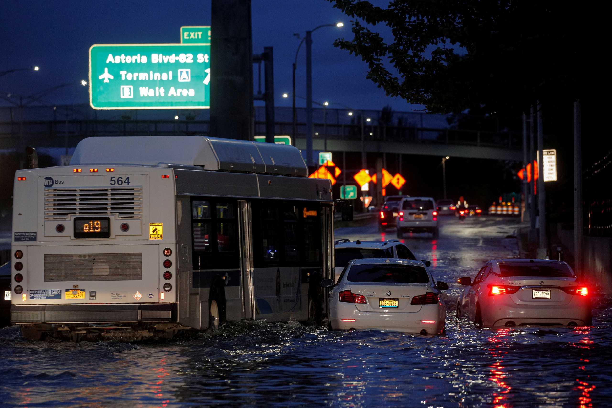 Η καταιγίδα Άιντα «πνίγει» τις ΗΠΑ – Πάνω από 40 οι νεκροί – Χάος στη Νέα Υόρκη
