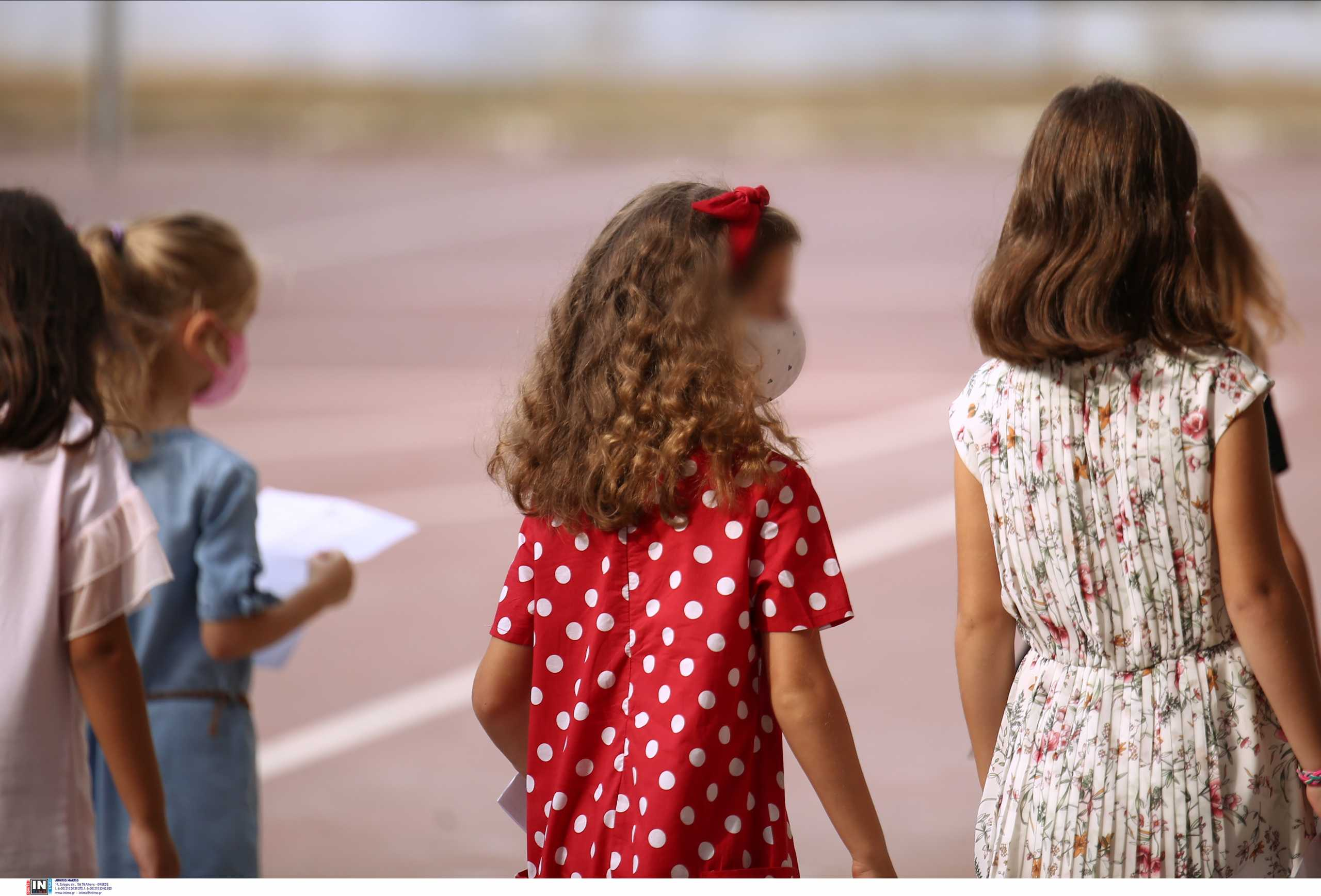 Κορονοϊός – Σαρηγιάννης: 74.000 κρούσματα σε παιδιά μέχρι το τέλος του χρόνου