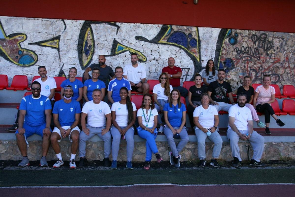 Μαθητές σχολείων του Πειραιά προπονήθηκαν από Ολυμπιονίκες