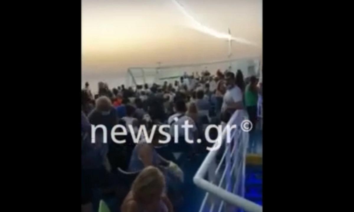Κορονοϊός: Αίγινα – Πειραιάς με ένα πλοίο «φίσκα» στον κόσμο και ελέγχους ούτε για αστείο