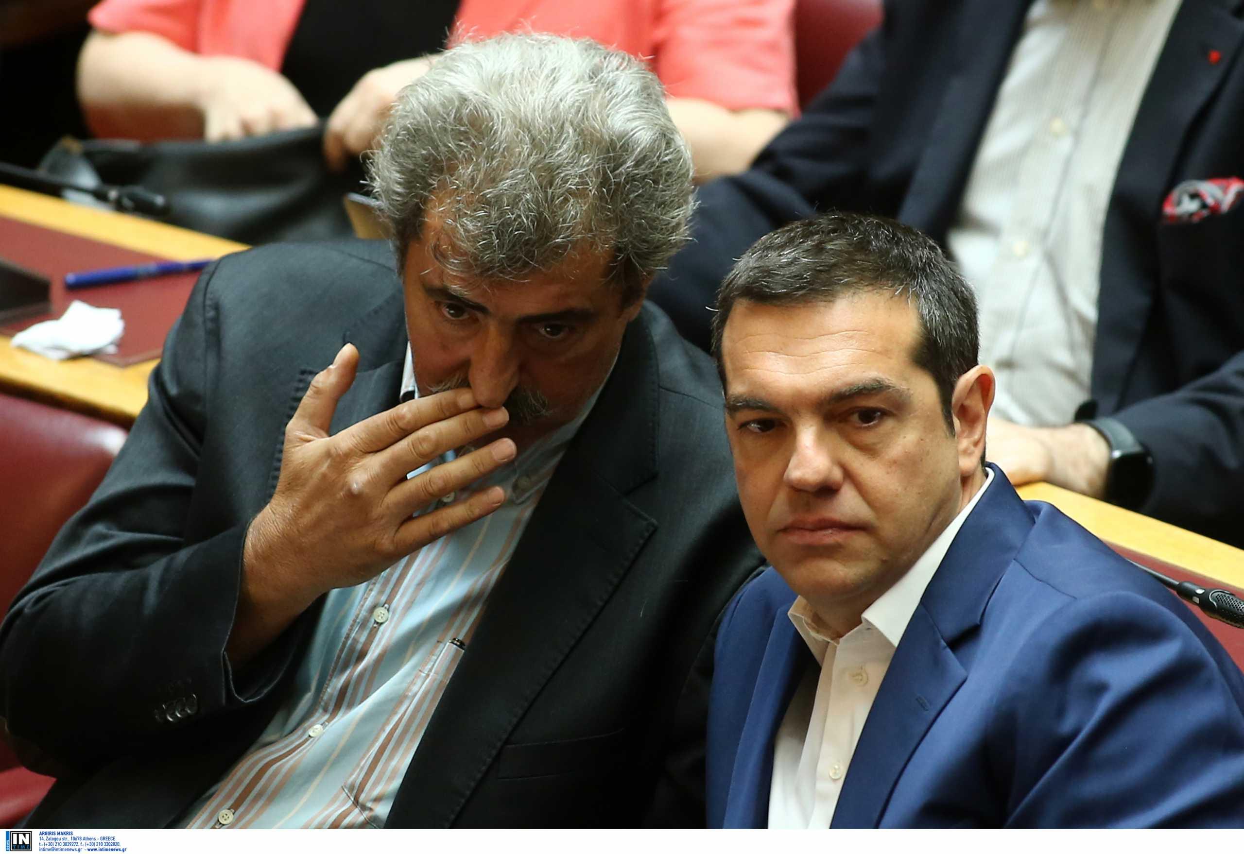 Εμβολιάστηκε ο Παύλος Πολάκης – Το τηλεφώνημα στον Αλέξη Τσίπρα