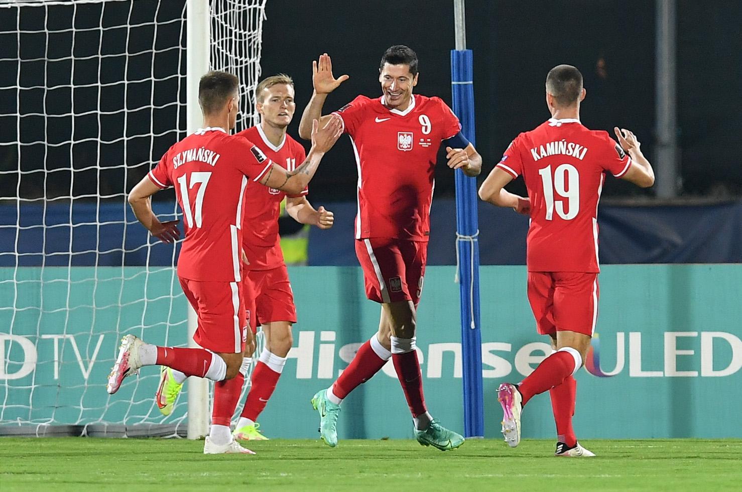 Προκριματικά Παγκοσμίου Κυπέλλου: «Εφτάρα» η Πολωνία με σούπερ Σβιντέρσκι