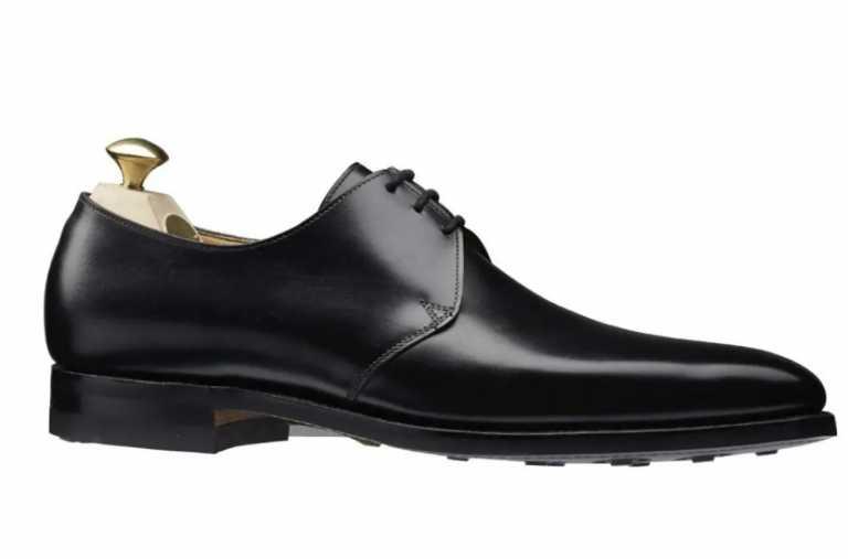 """Κάθε ζευγάρι παπούτσια που θα φοράει ο Ντάνιελ Κρεγκ στο """"No Time to Die"""""""