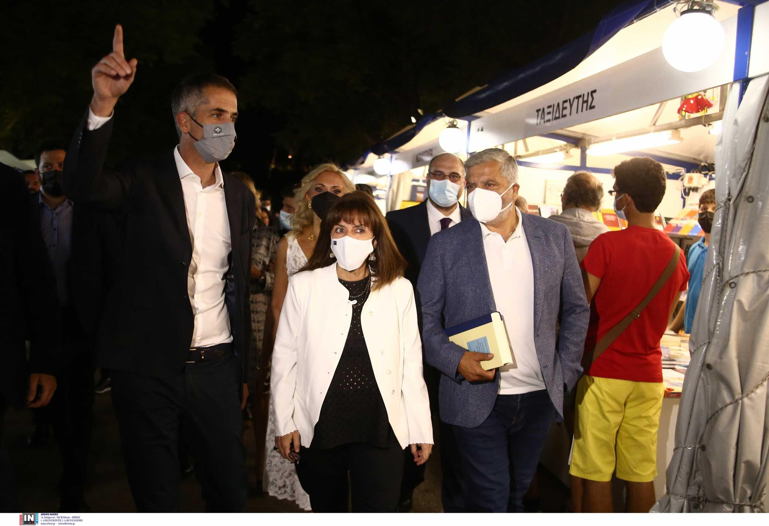 Η Κατερίνα Σακελλαροπούλου εγκαινίασε το 49ο Φεστιβάλ Βιβλίου στο Ζάππειο