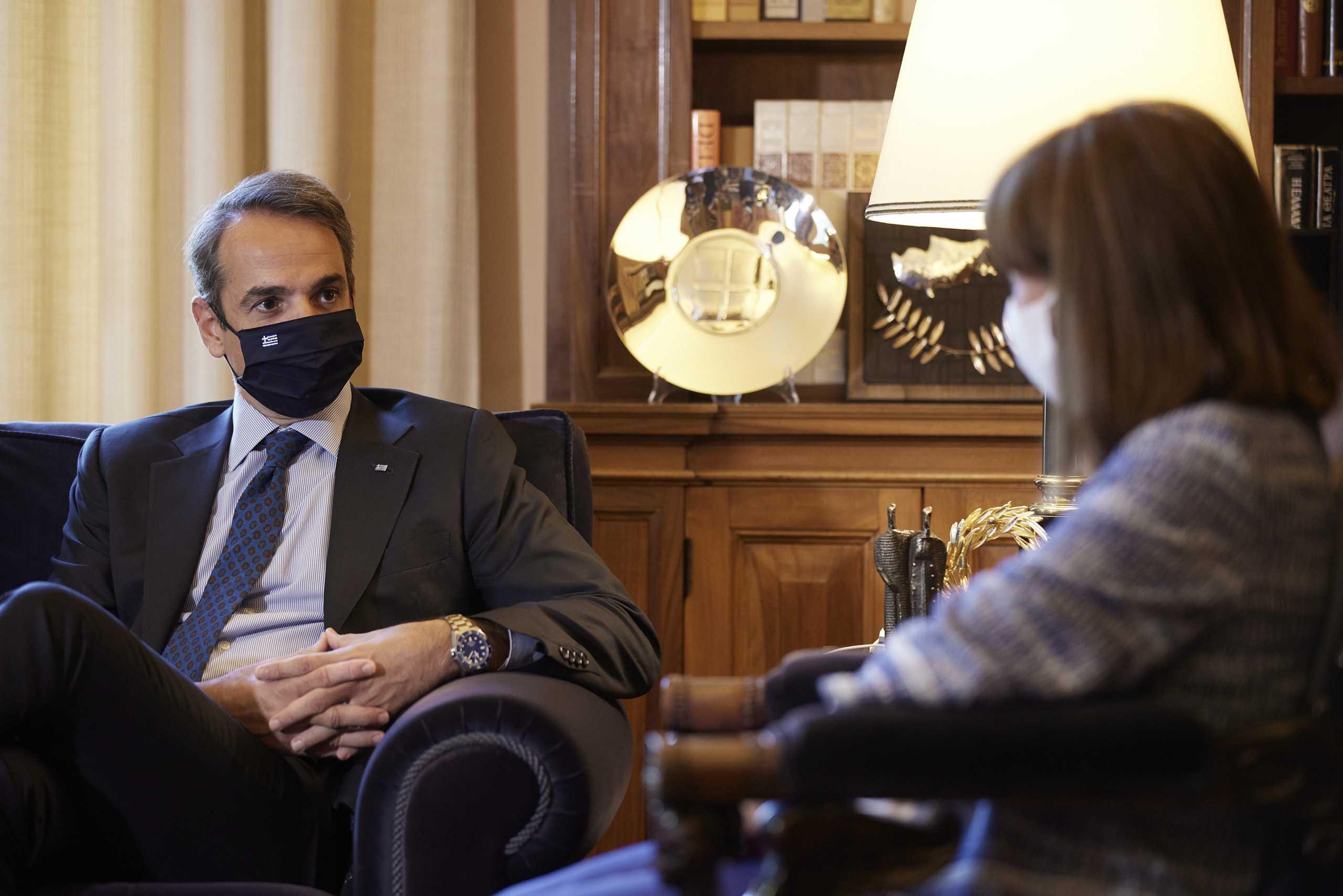 Belharra, Rafale και Γαλλία μονοπώλησαν τη συνάντηση Σακελλαροπούλου – Μητσοτάκη