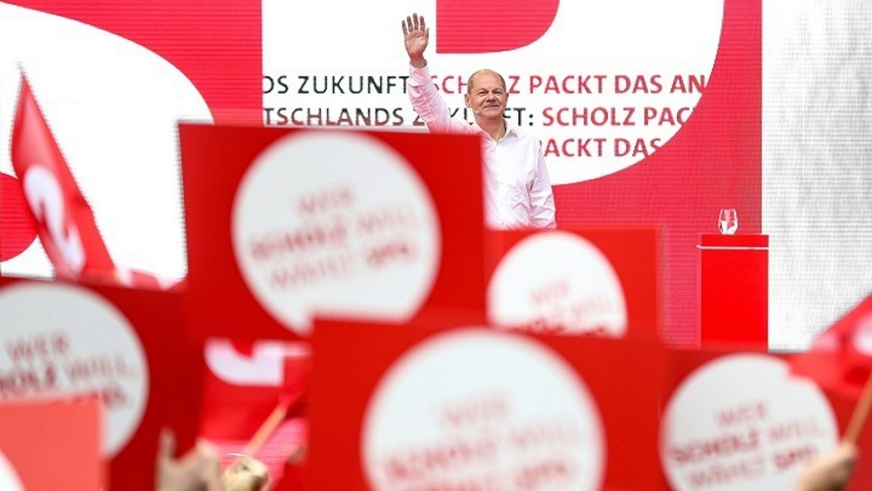 Γερμανία - Εκλογές: «Ντέρμπι» μεταξύ SPD και CDU/CSU «βλέπει» νέα δημοσκόπηση