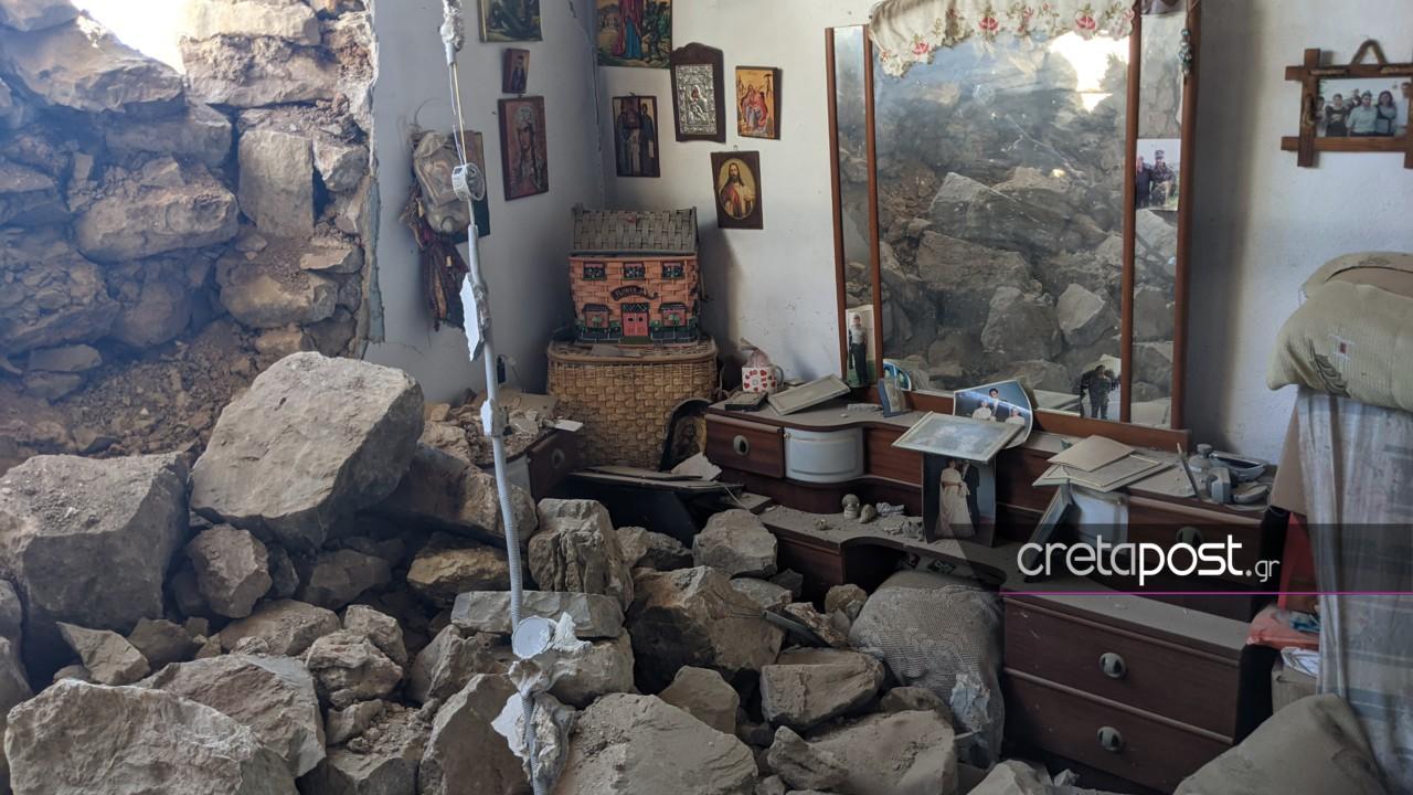 Σεισμός στην Κρήτη: Βυθίστηκε κατά 15 εκατοστά το Αρκαλοχώρι – «Σήκωσε σπίτια» ο Εγκέλαδος