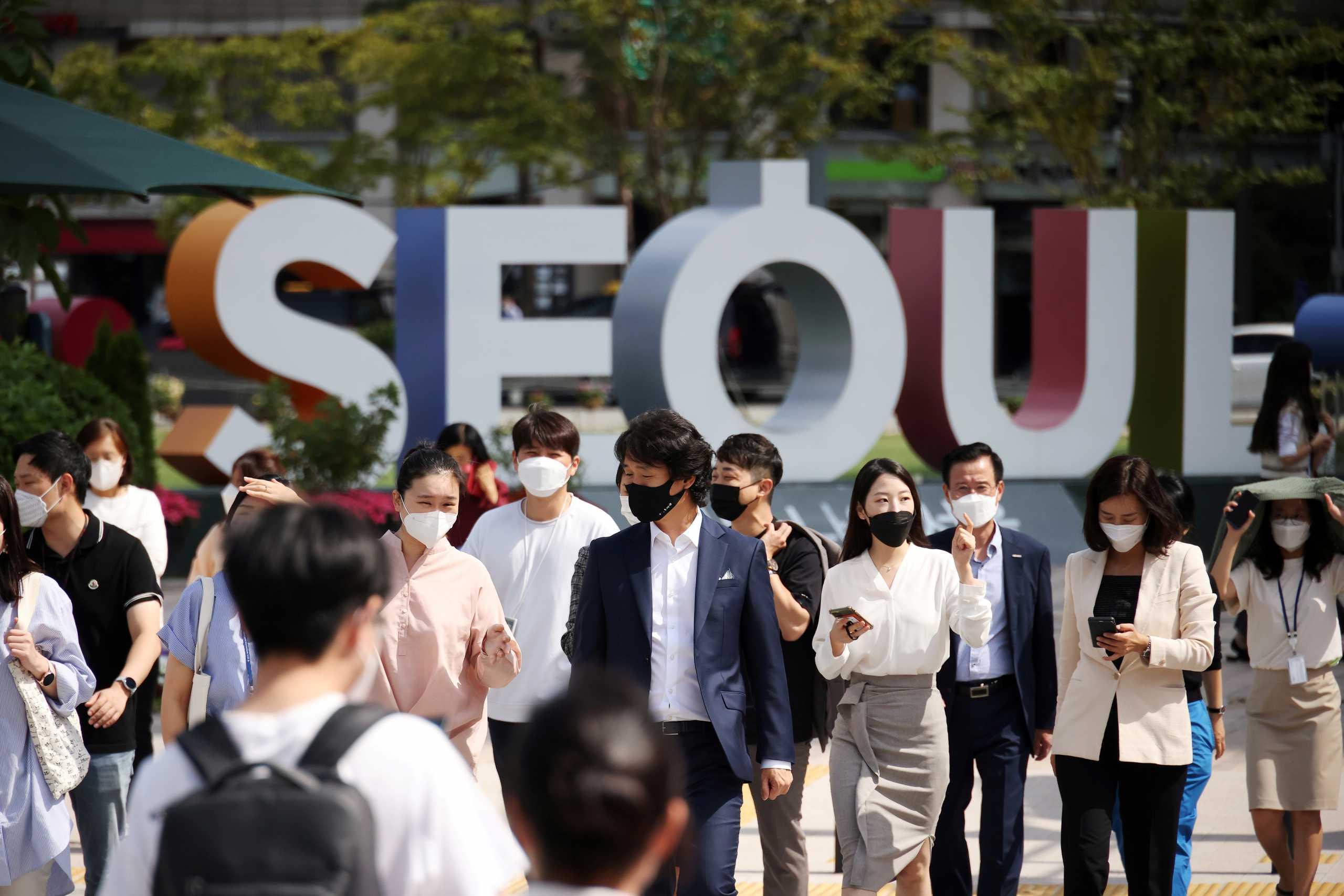 Νότια Κορέα: Νέο ρεκόρ με πάνω από 3.200 κρούσματα κορονοϊού
