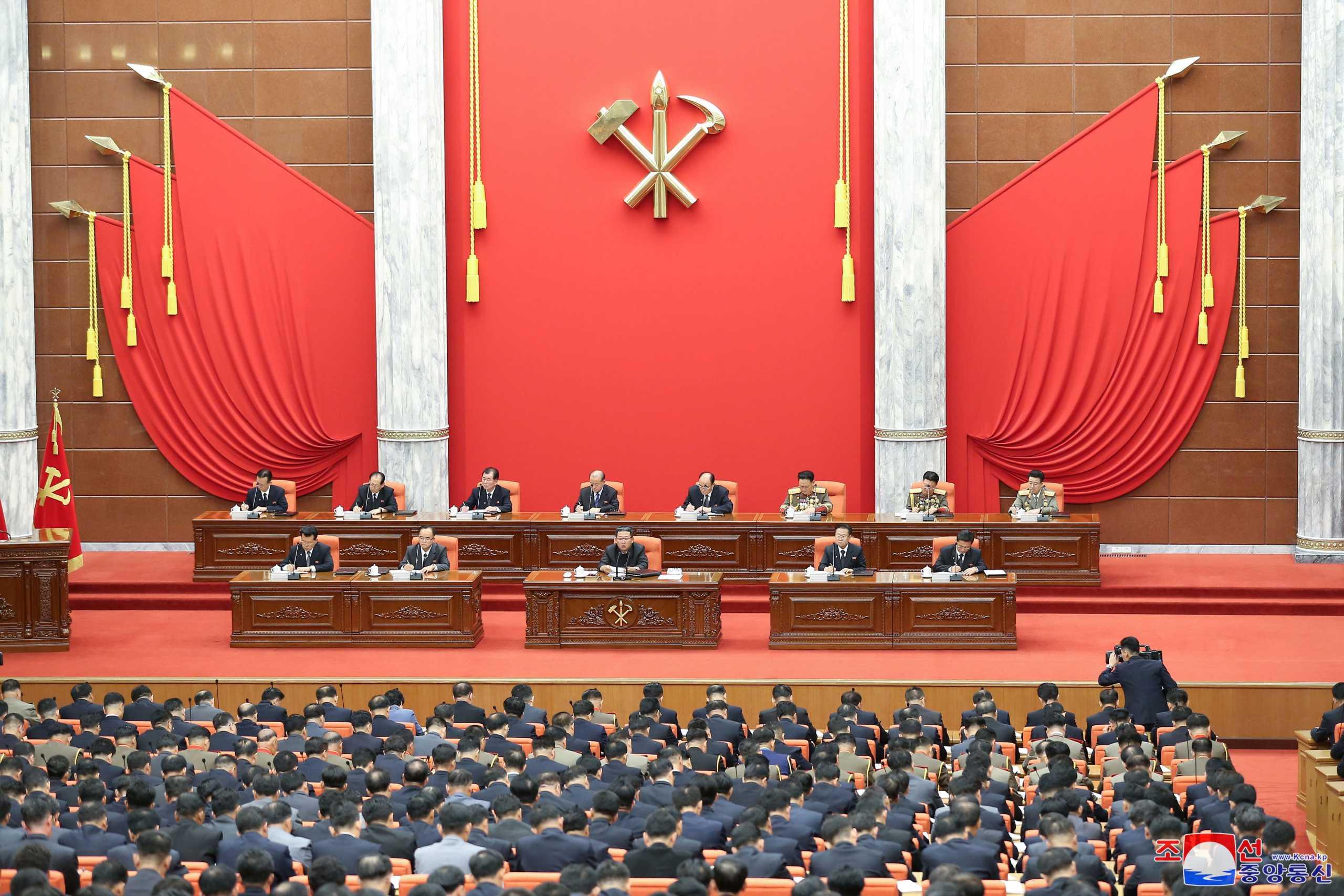 Βόρεια Κορέα: Ο Κιμ Γιονγκ Ουν έδωσε προαγωγή σε στρατηγό που είχε υποβιβάσει