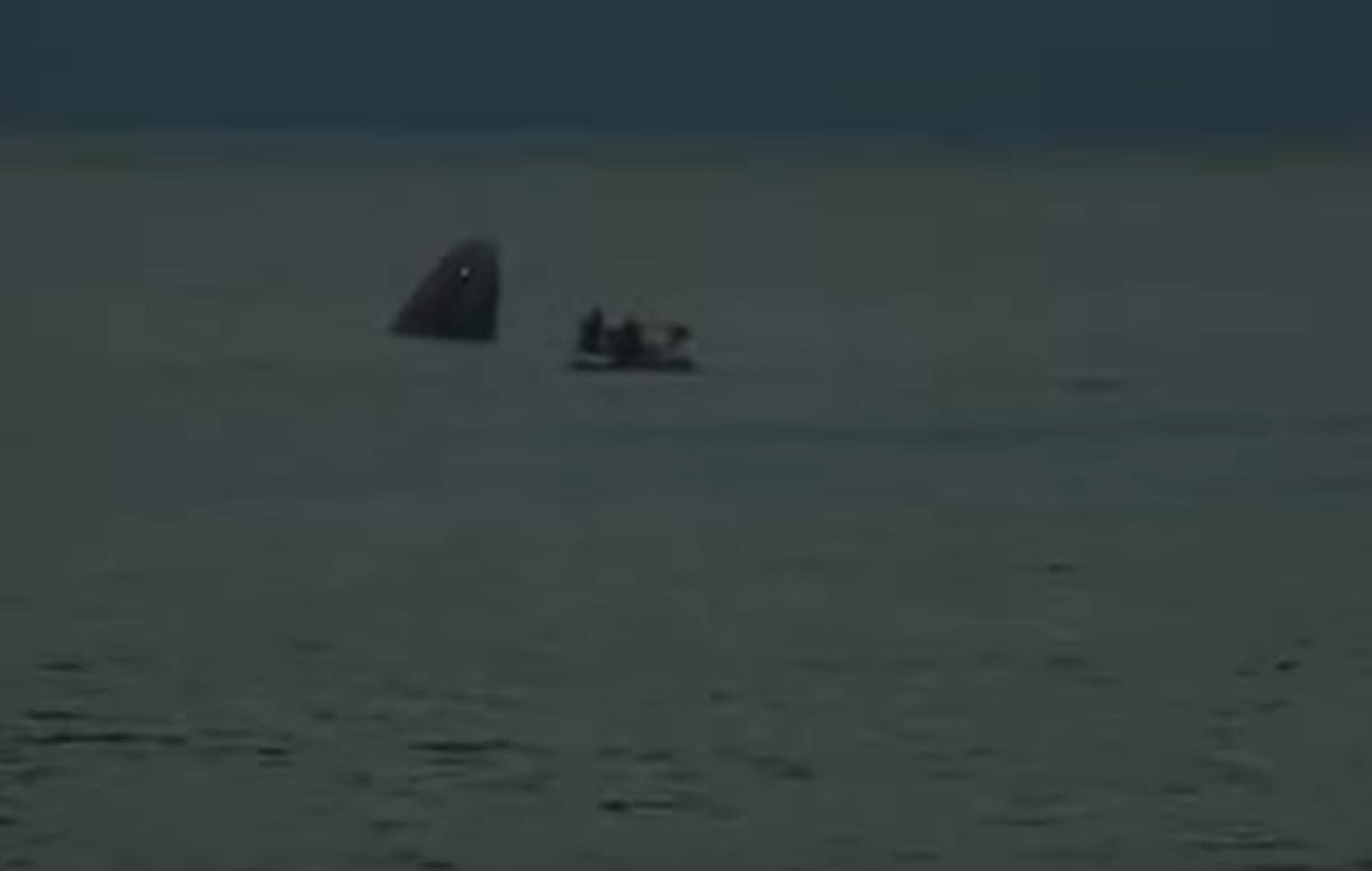 SpaceX: Προσγειώθηκε το σκάφος με τους τουρίστες του διαστήματος και έγραψε ιστορία!
