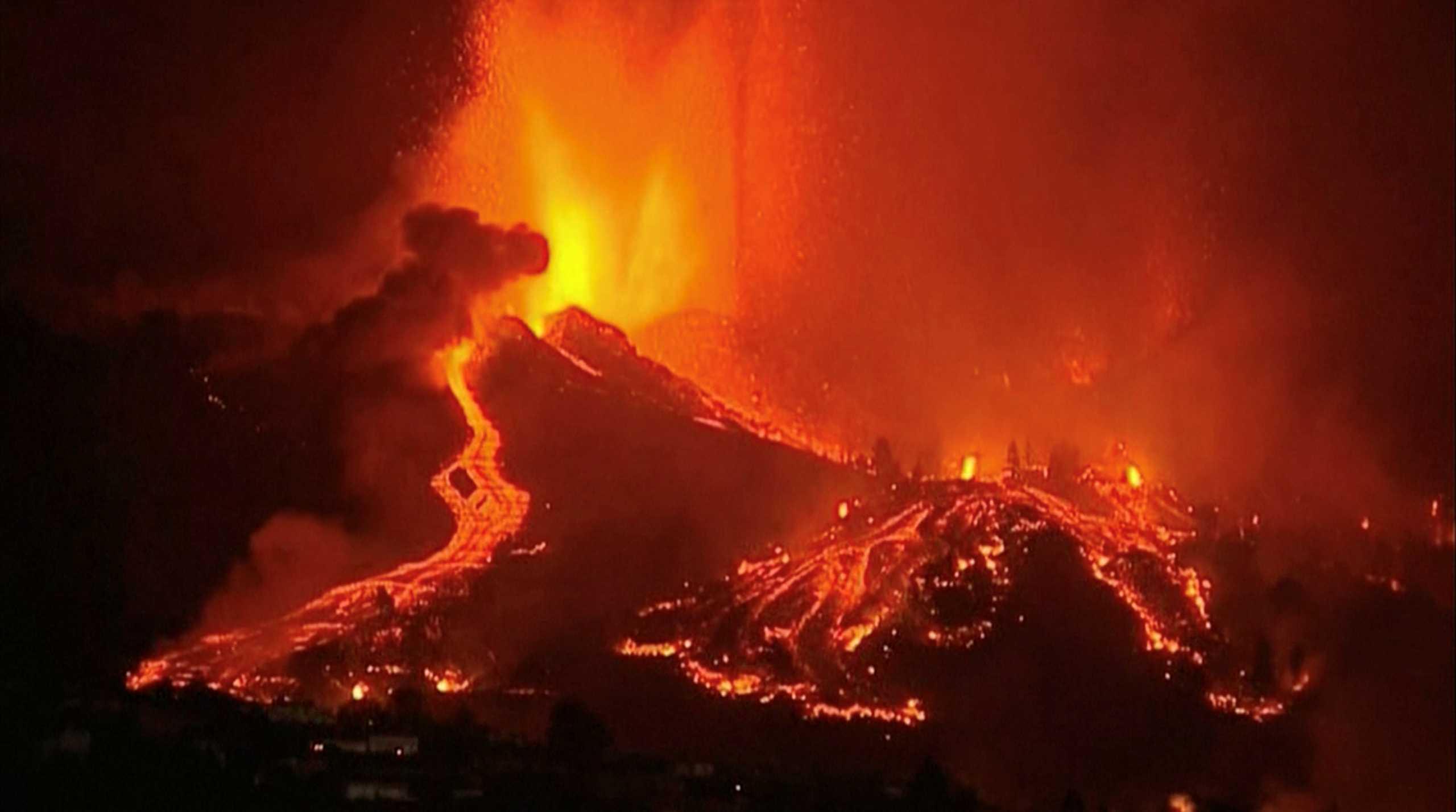 Έκρηξη ηφαιστείου στην Ισπανία: Εκκενώνονται 10 κοινότητες στη Λα Πάλμα