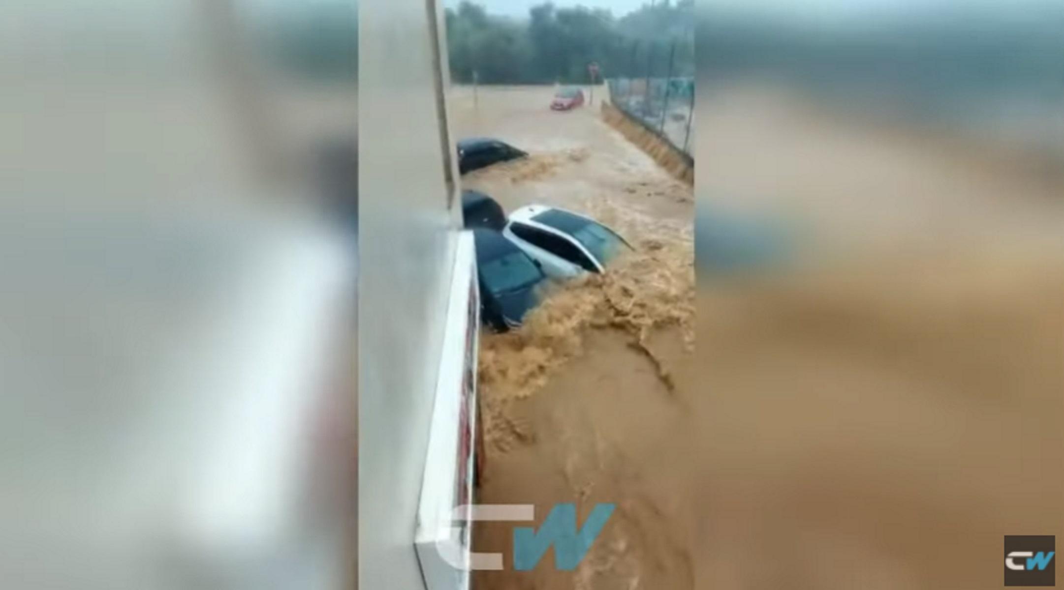 Σφοδρή καταιγίδα πλήττει μεγάλο μέρος της Ισπανίας – Πλημμύρες και 7.000 νοικοκυριά χωρίς ηλεκτρικό ρεύμα