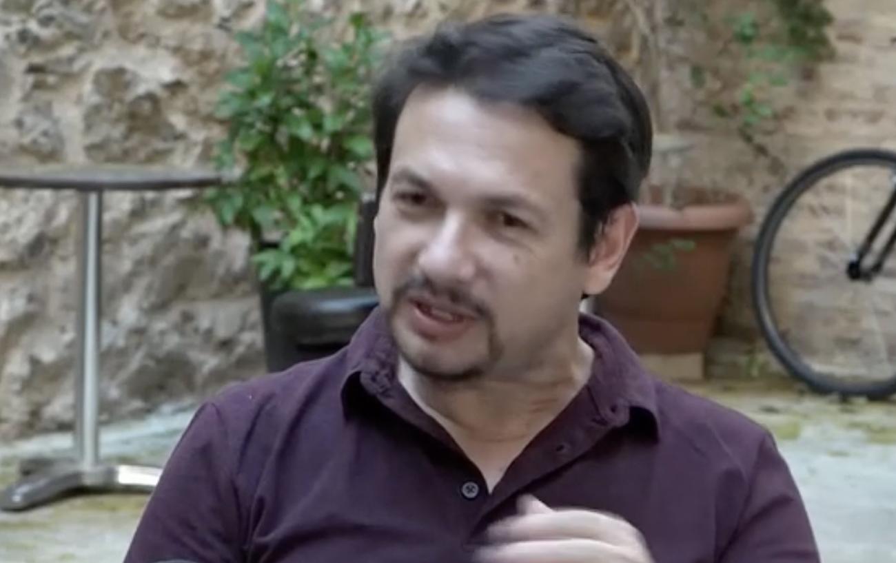 Σταύρος Νικολαϊδης: «Μας έβριζε αισχρά και μας απειλούσε ακόμα και την ώρα της παράστασης»