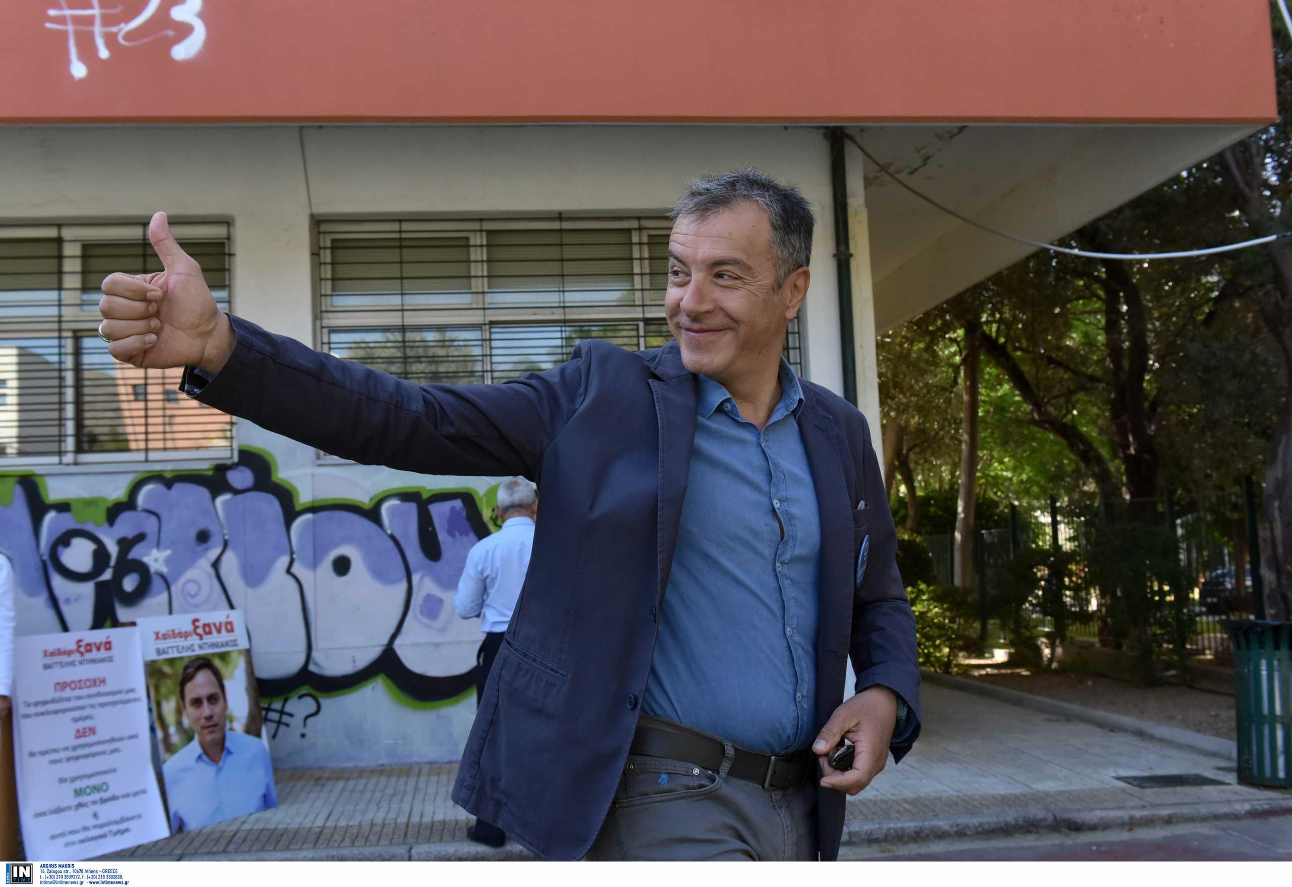 Ο Σταύρος Θεοδωράκης επιστρέφει στην τηλεόραση