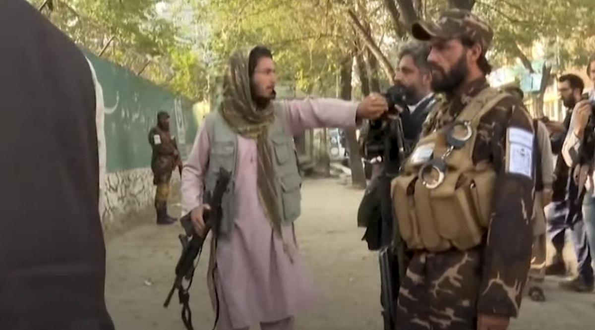 Αφγανιστάν: Οι μαίες ζητούν από τους Ταλιμπάν να συνεχίσουν να εργάζονται