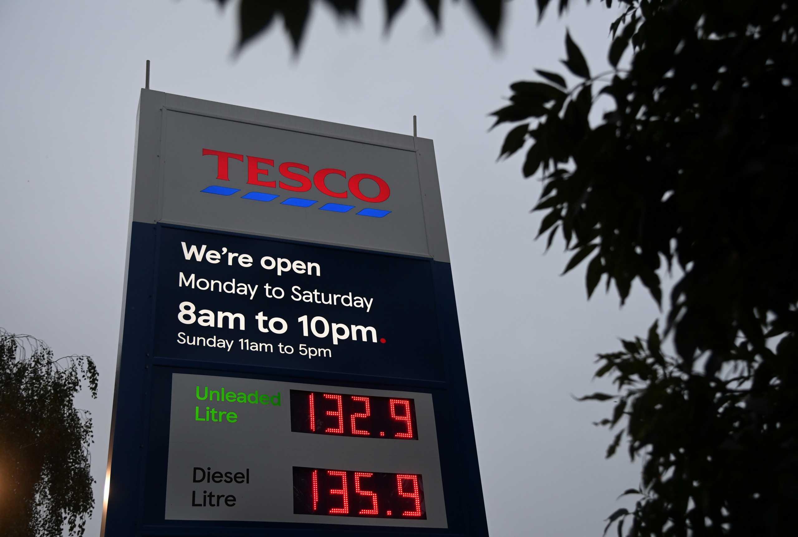 Βρετανία: Κρίση λόγω έλλειψης βενζίνης και φόβοι για την διανομή τροφίμων