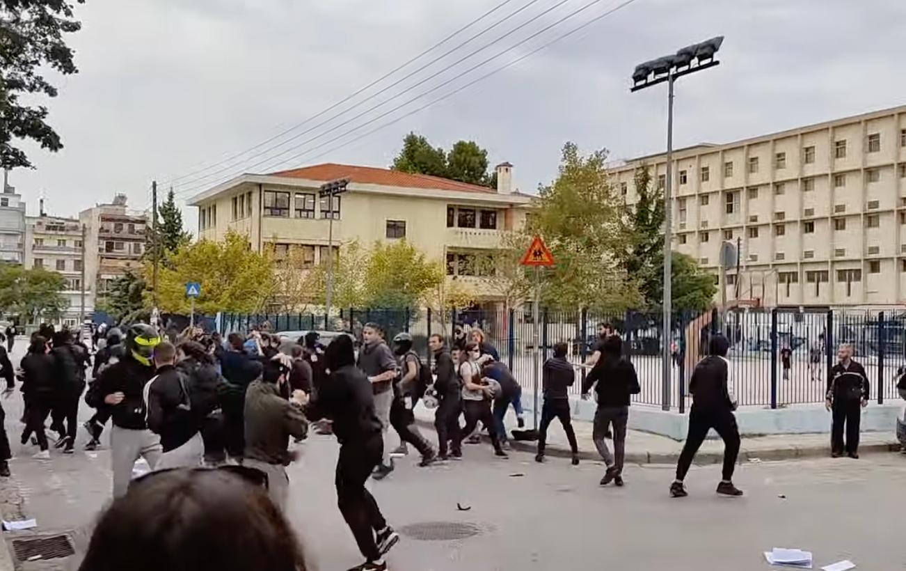 Θεσσαλονίκη: Άγρια επεισόδια και ξύλο με καδρόνια στο ΓΕΛ Σταυρούπολης