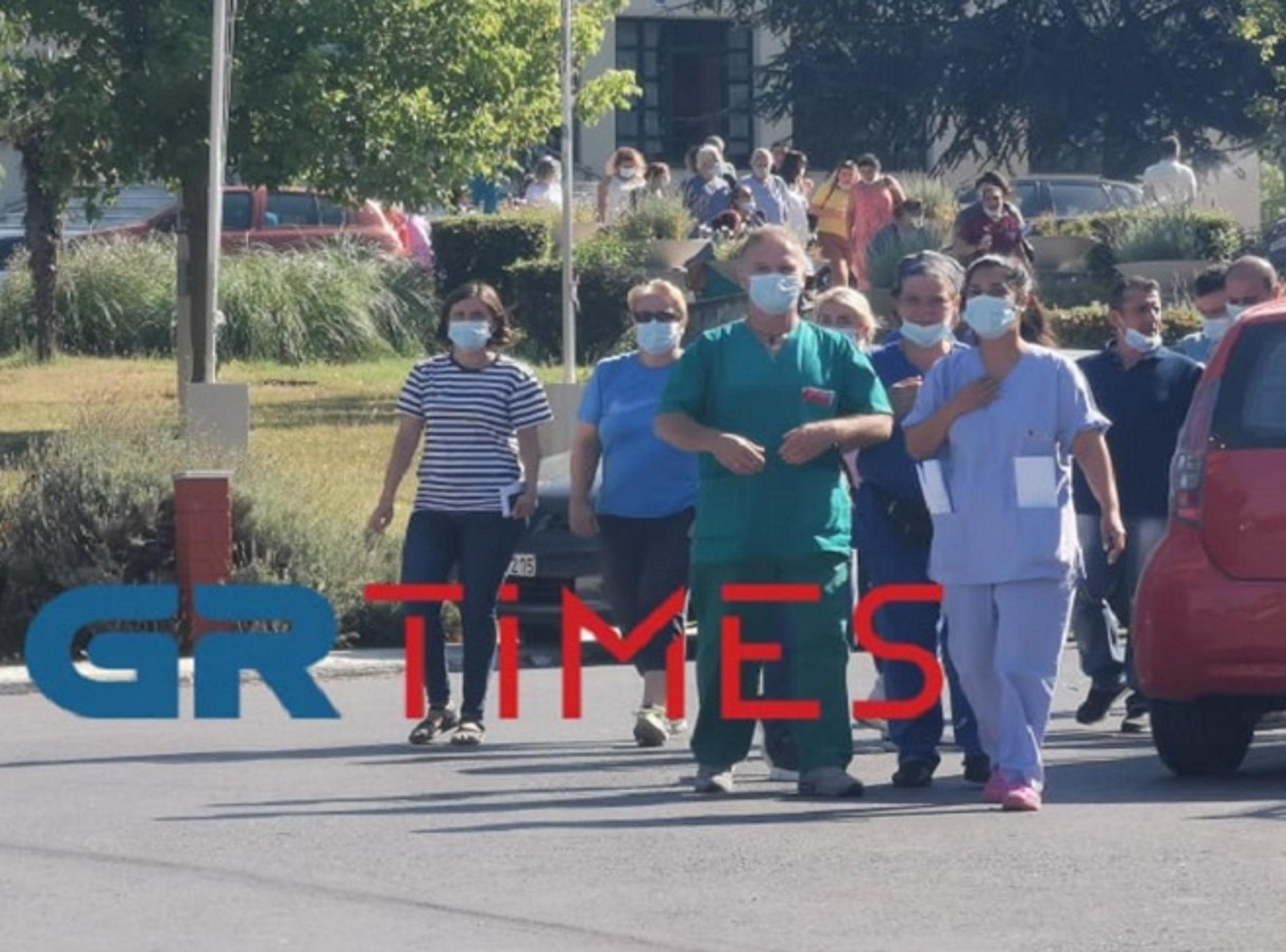 Θεσσαλονίκη: Το βίντεο της έντασης με ύβρεις σε δημοσιογράφους και τεχνικούς στο νοσοκομείο Παπανικολάου