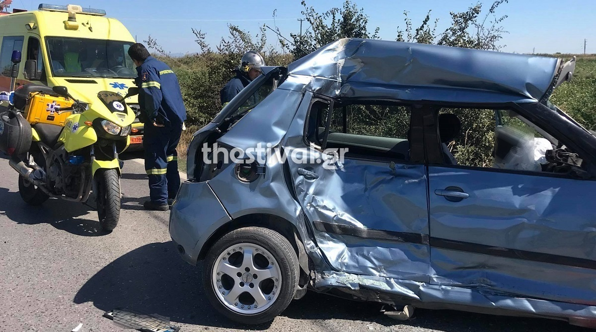 Νεκρή νεαρή οδηγός στη Θεσσαλονίκη μετά από σύγκρουση με λεωφορείο