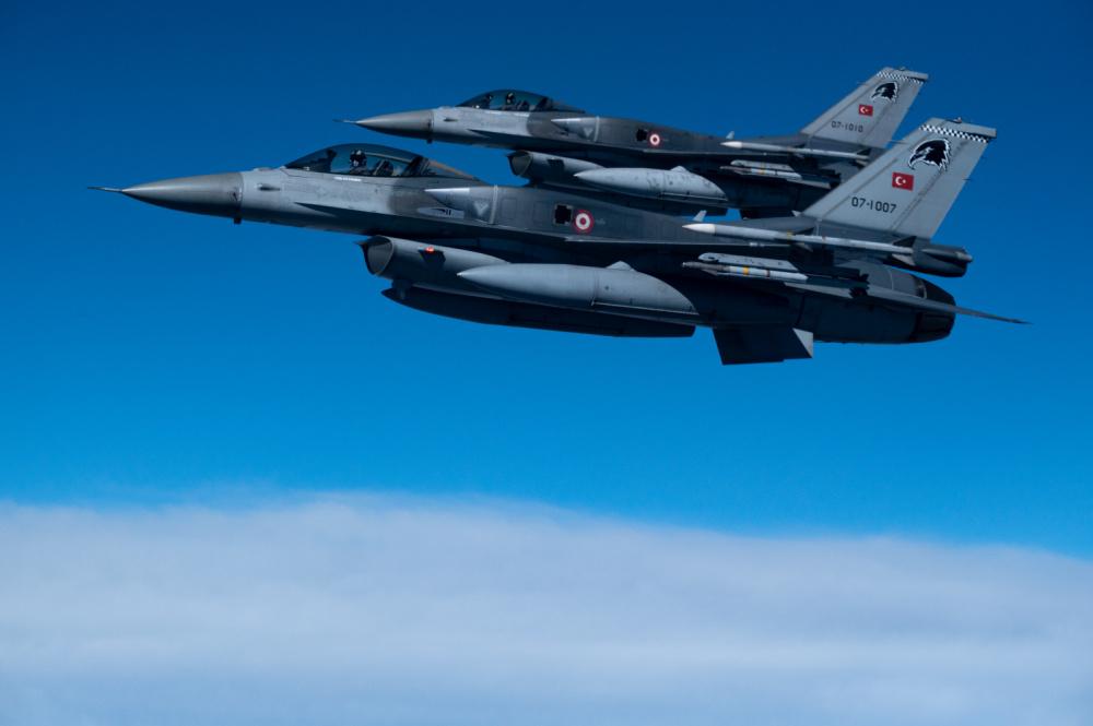 Μπαράζ παραβιάσεων από οπλισμένα τουρκικά μαχητικά – Εμπλοκές πάνω από ελληνικά νησιά