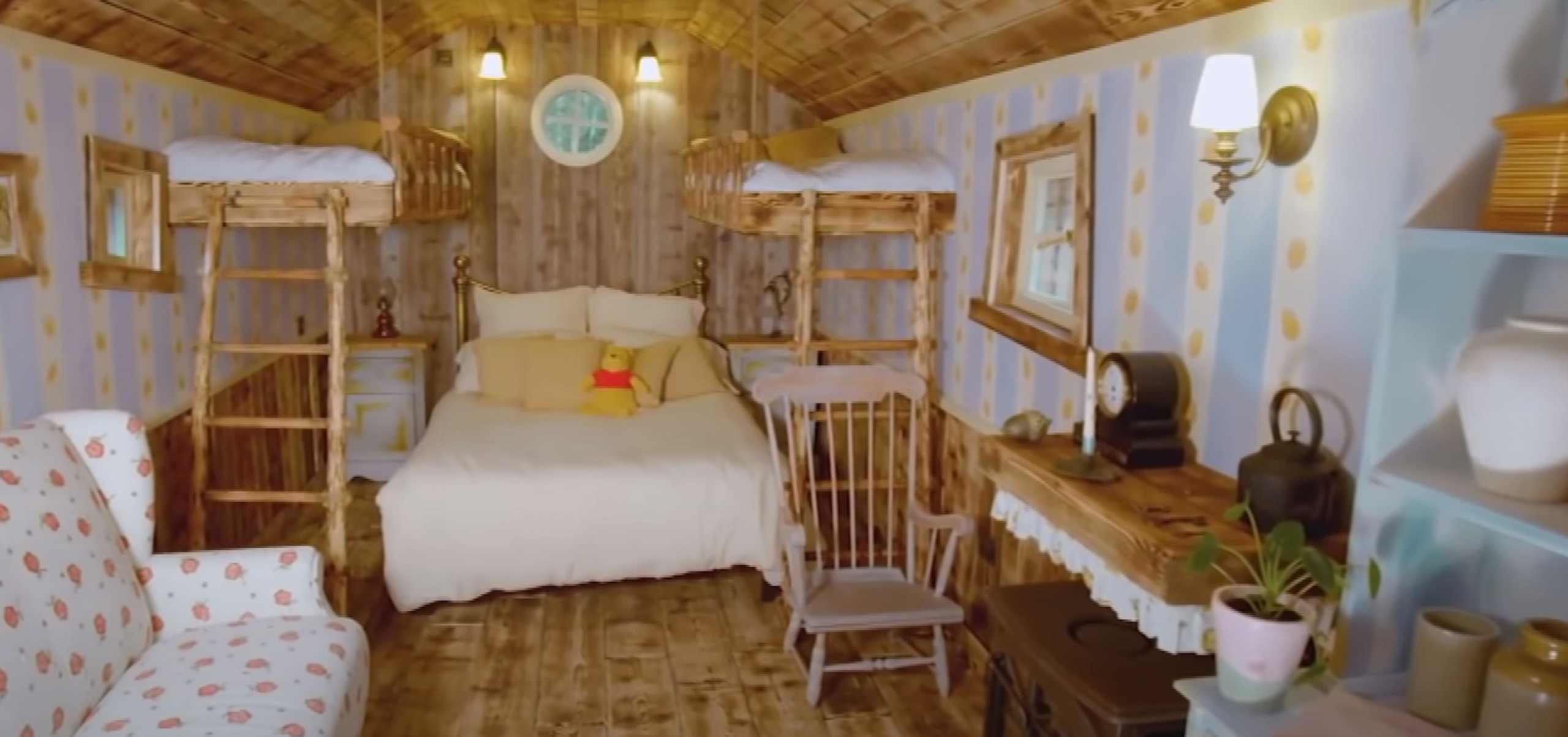 Μείνε στο σπίτι του… Winnie the Pooh! Airbnb και Disney έφτιαξαν το «Bearbnb»