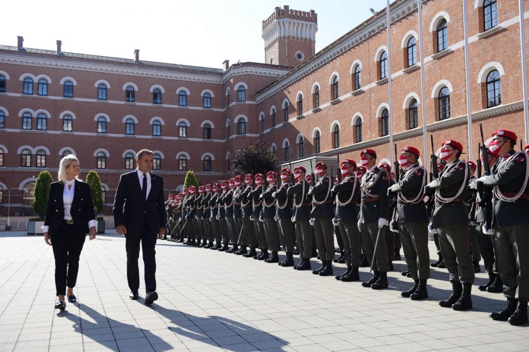 ΥΕΘΑ: «Έπεσαν οι υπογραφές» στο Μνημόνιο Κατανόησης με την Αυστρία