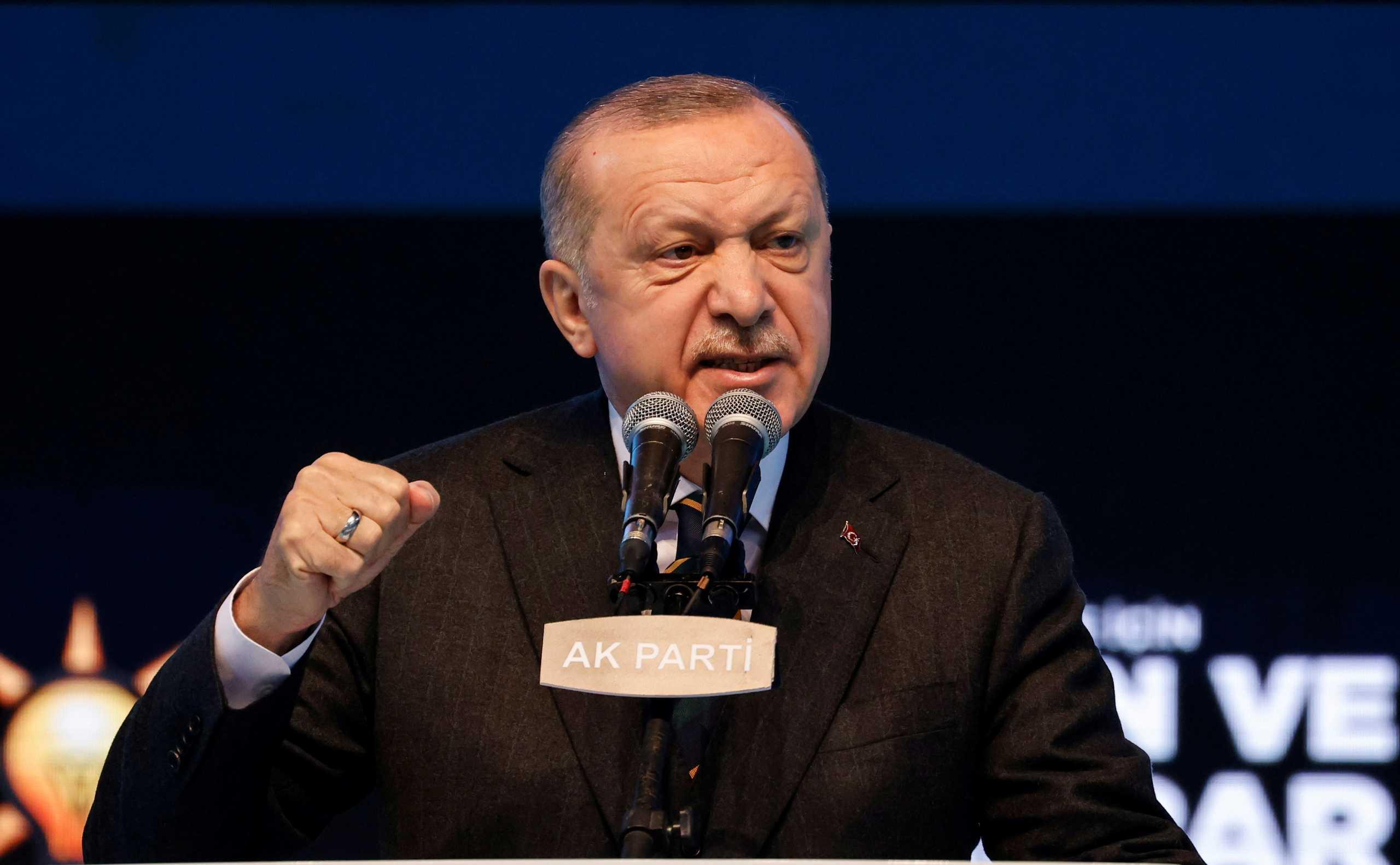Ερντογάν: «Δικαιολογία» για κάποιους το Διεθνές Δίκαιο – «Σπόντα» για τον Χάρτη της Σεβίλλης