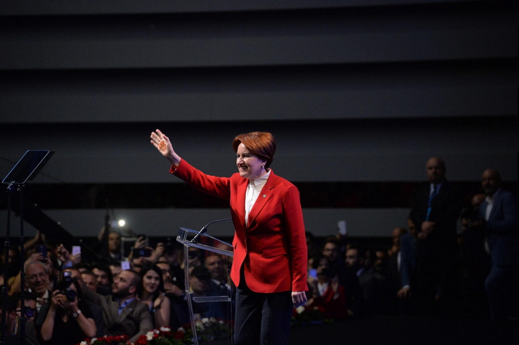 Μεράλ Ακσενέρ σε Ταγίπ Ερντογάν: «Έχεις άνοια – Λύσε sudoku»