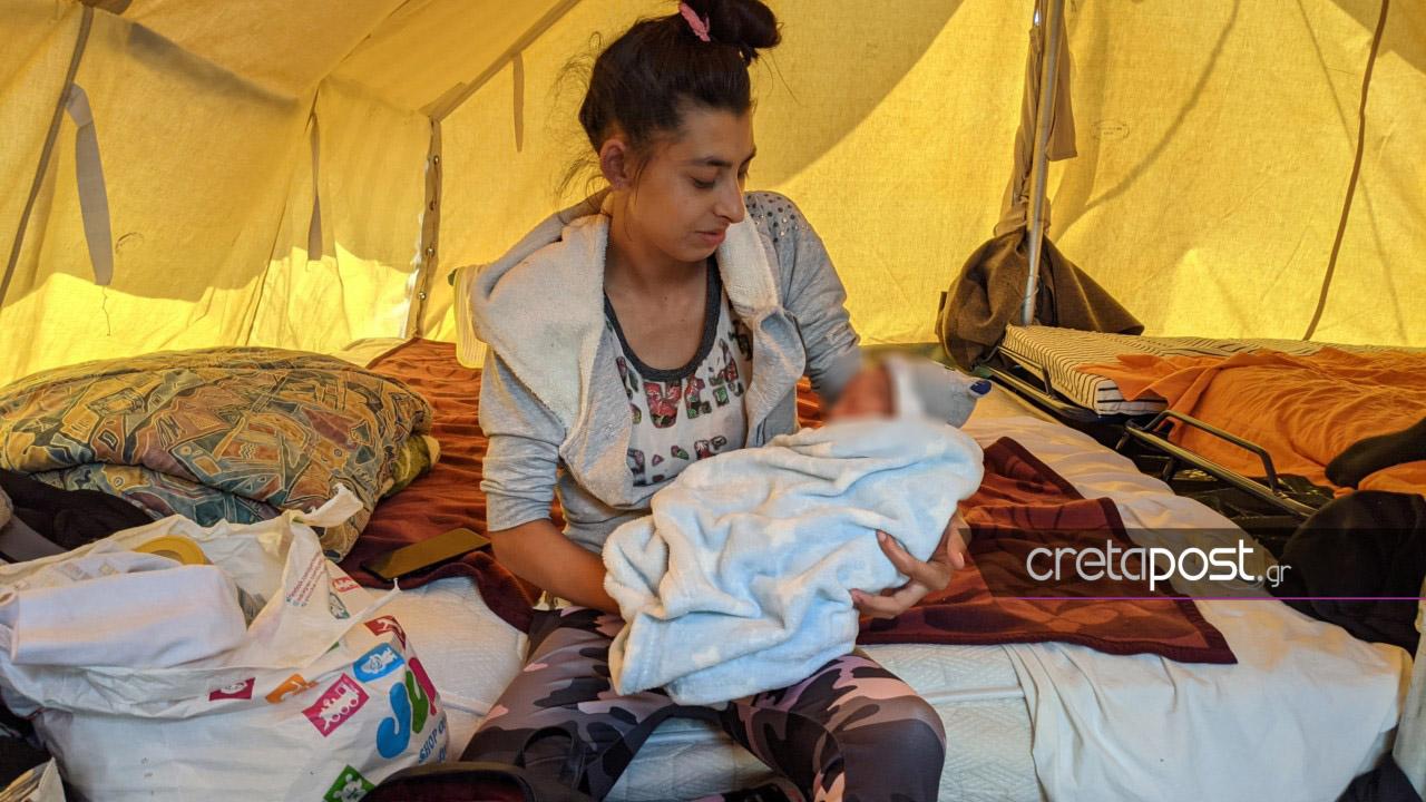 Σεισμός στην Κρήτη: Απάντηση από πηγές της Πολιτικής Προστασίας για το νεογέννητο βρέφος που μένει σε σκηνή
