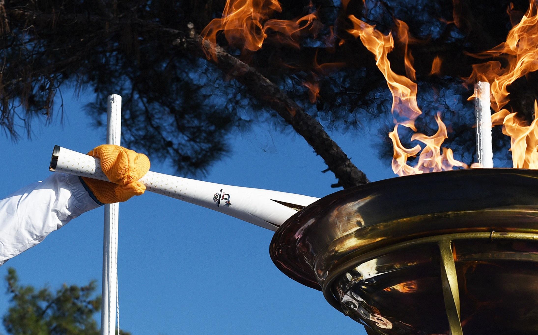 Ο Γιάννης Αντωνίου πρώτος Λαμπαδηδρόμος για τους Χειμερινούς Ολυμπιακούς Αγώνες