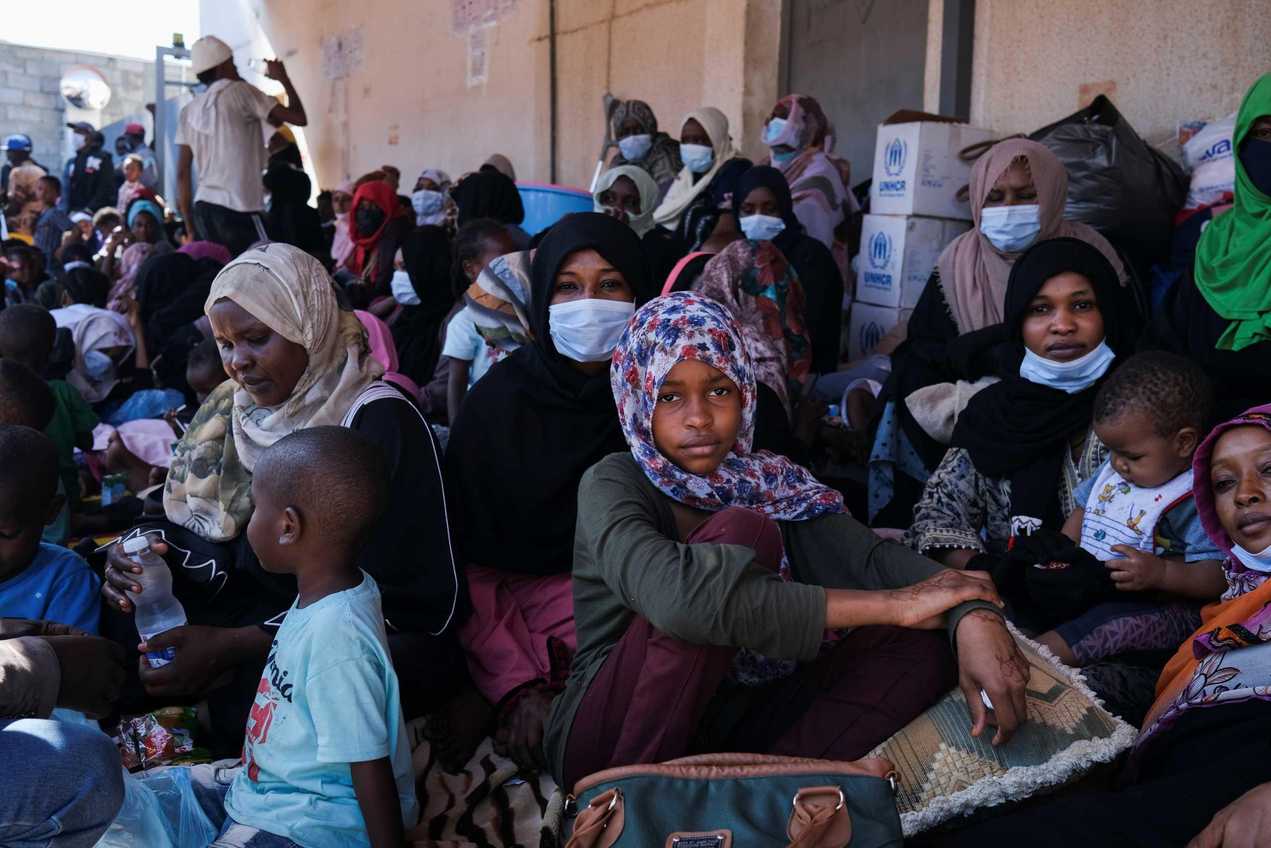 Unicef για Λιβύη: Σε «άμεσο κίνδυνο» τουλάχιστον χίλιες γυναίκες και παιδιά