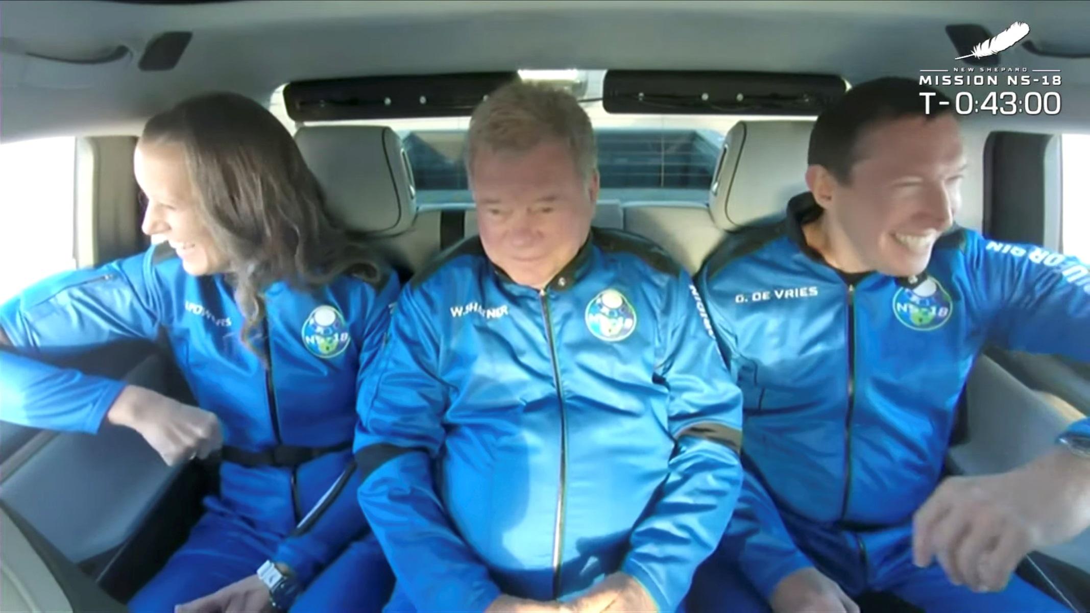 Ο θρυλικός Κάπτεν Κερκ του Σταρ Τρεκ ταξίδεψε στο διάστημα – Δείτε φωτογραφίες και βίντεο
