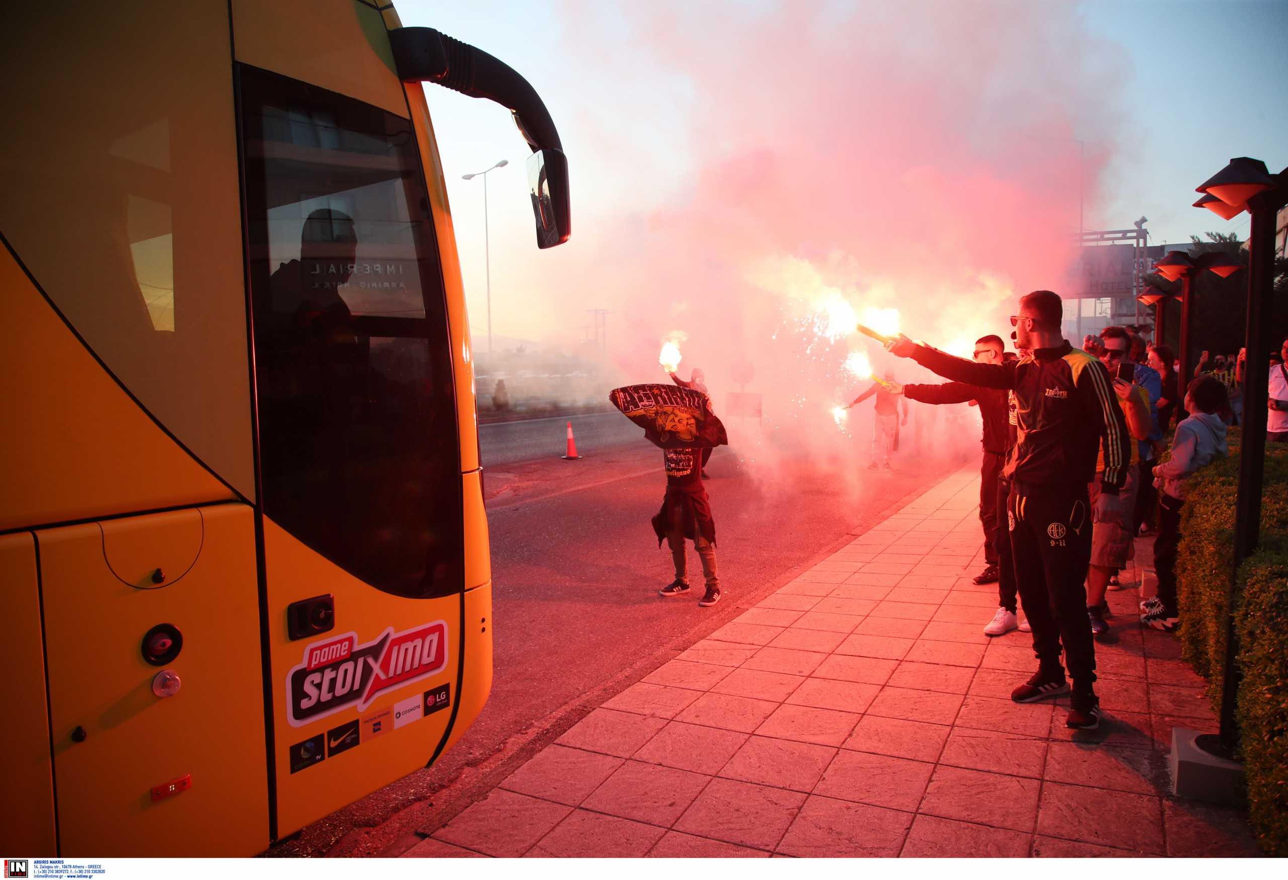 Superleague 1, Παναιτωλικός – ΑΕΚ: Αποθεωτική υποδοχή της Ένωσης στο Αγρίνιο